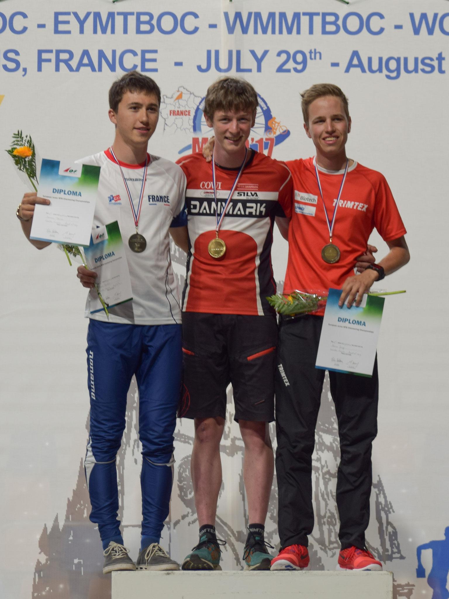 Medal  ceremony Long distance (Beat Schaffner)
