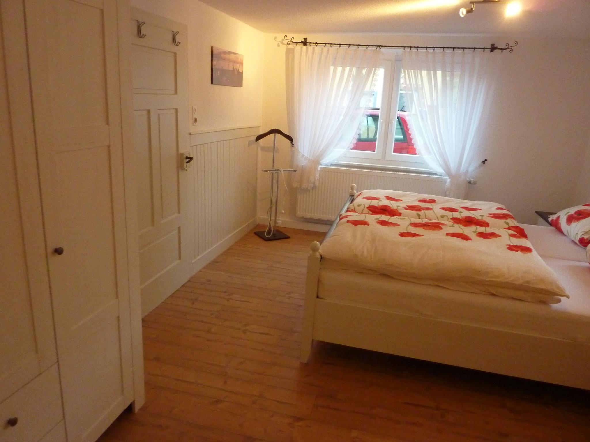 Schlafzimmer im UG