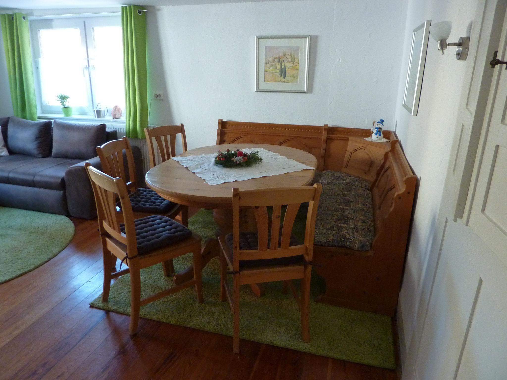Essecke im Wohnzimmer