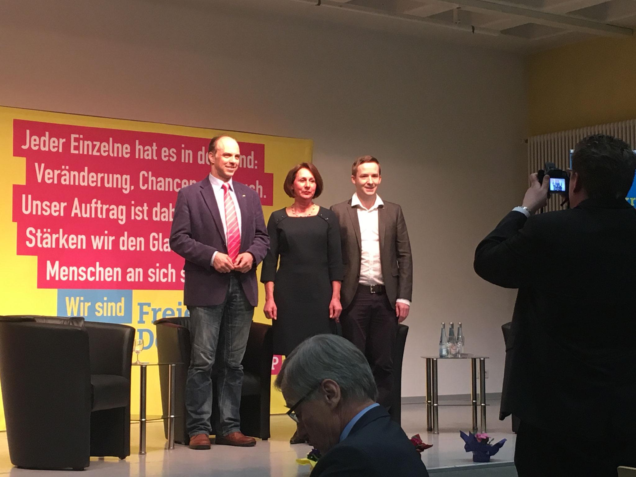 v.L. Ralph Lorenz und Nicole Westig Bundestagskandidaten der FDP aus dem Rhein-Sieg-Kreis sowie Florian Glock Bundestagskandidat der Jungen Liberalen RLP und des Wahlkreises 200 (Koblenz), leider Krank Sandra Weser (Bundestagskandidatin im Wahlkreis 198)