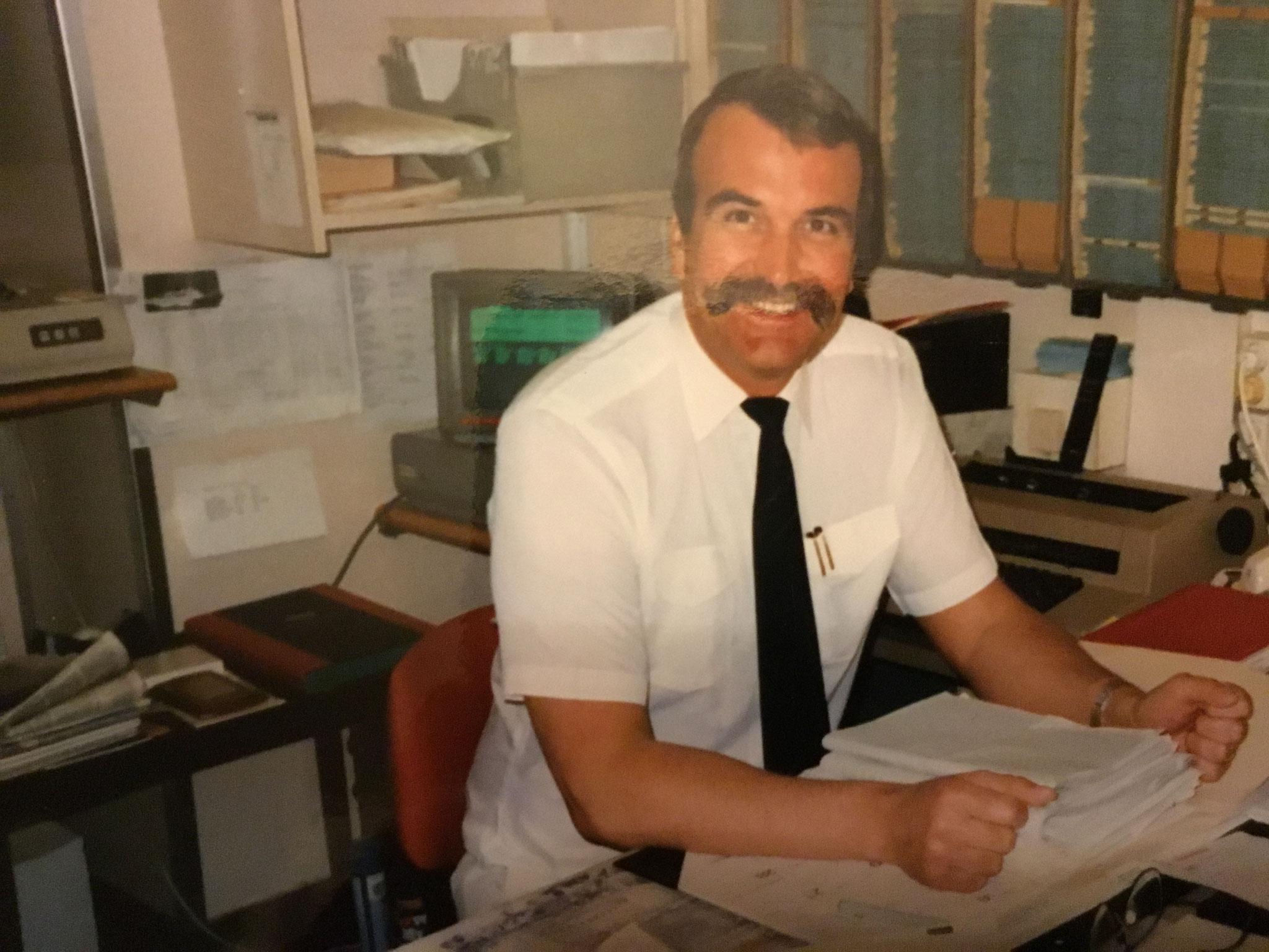 Herr Gebel bei der Arbeit 1980