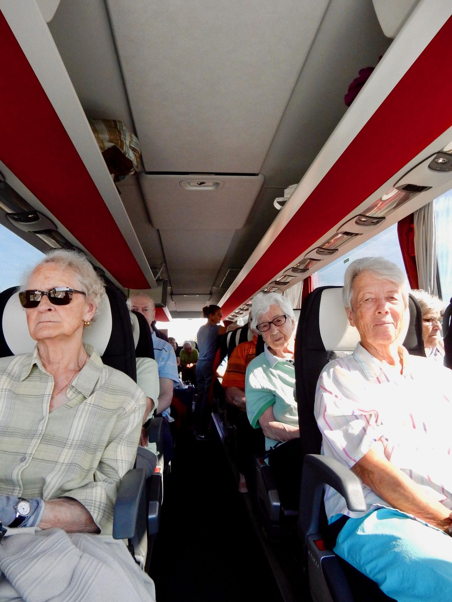 Reise nach Rothenburg im rollstuhlgänigem Car