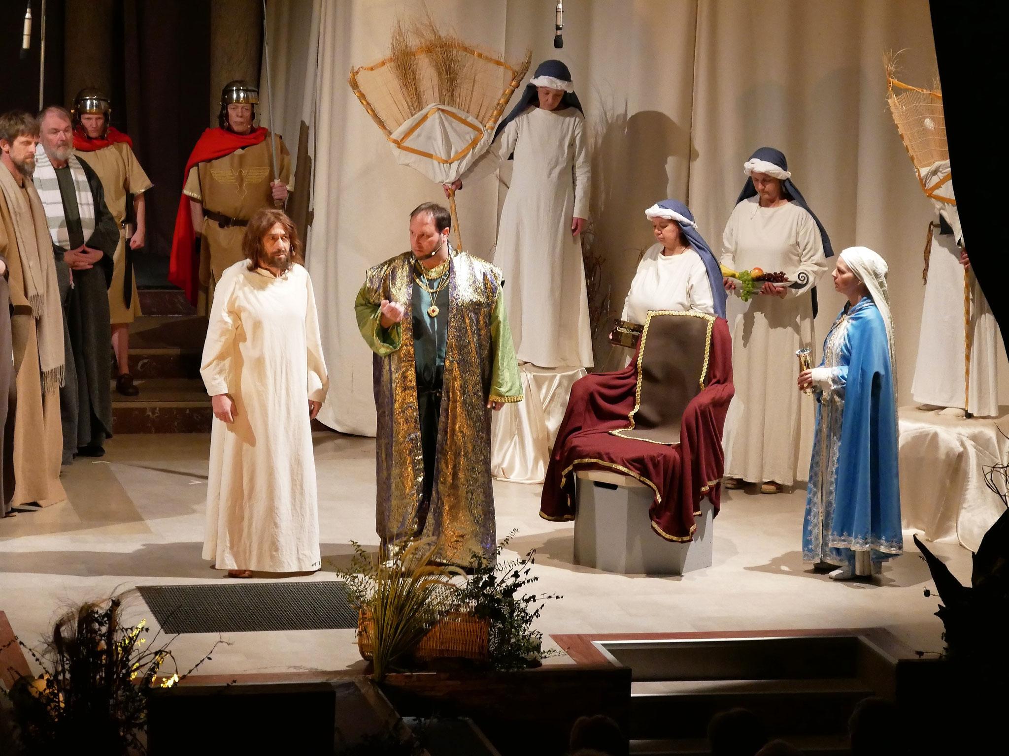 Jesus vor Herodes
