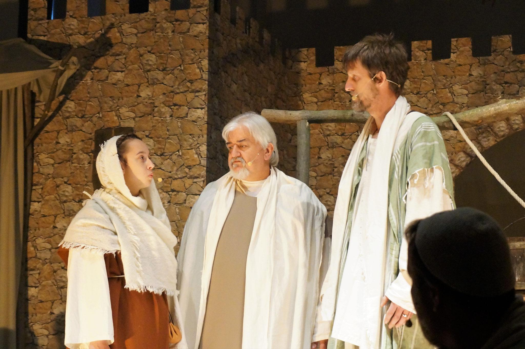 Dina, Petrus und Paulus