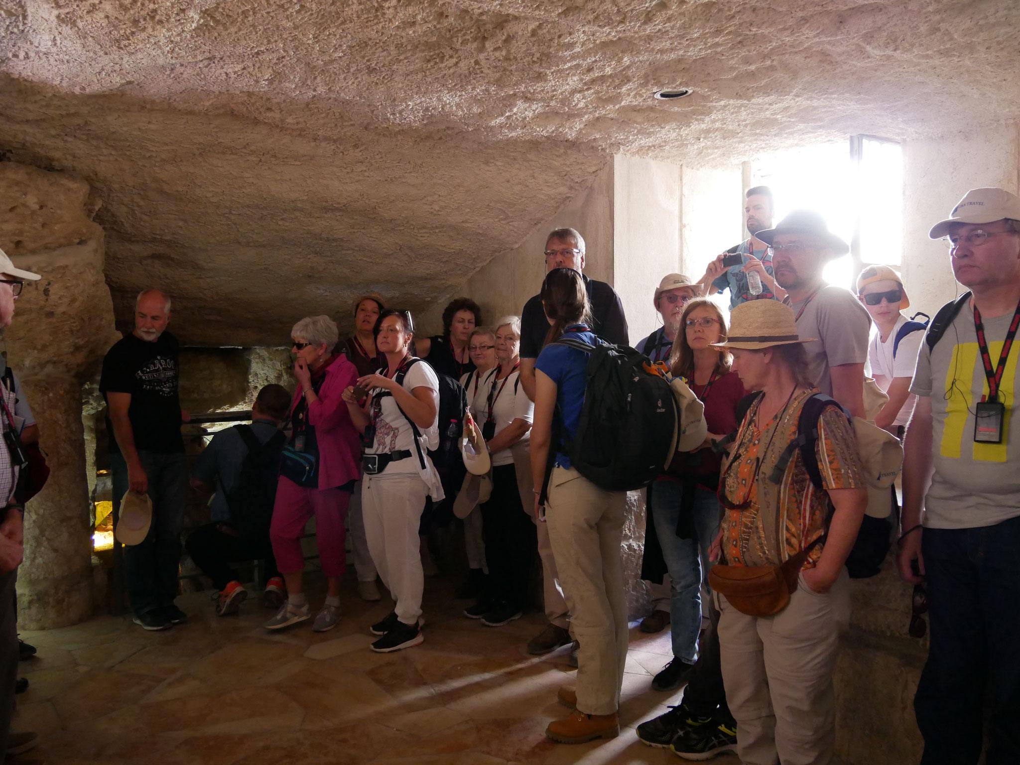 In der Grotte der Belehrung