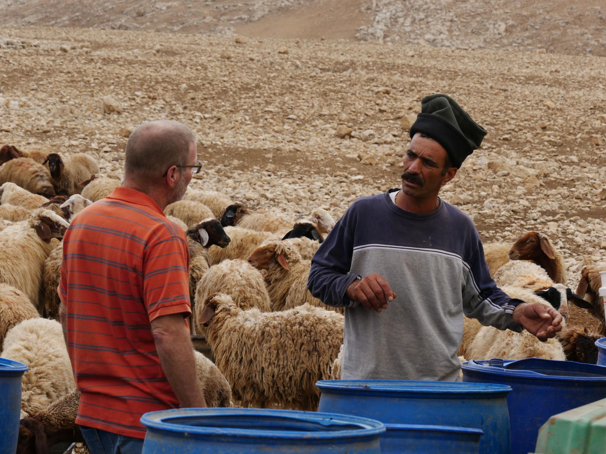 Auf dem Weg nach Jerusalem - Besuch bei Hirten Bohan und seiner Familie