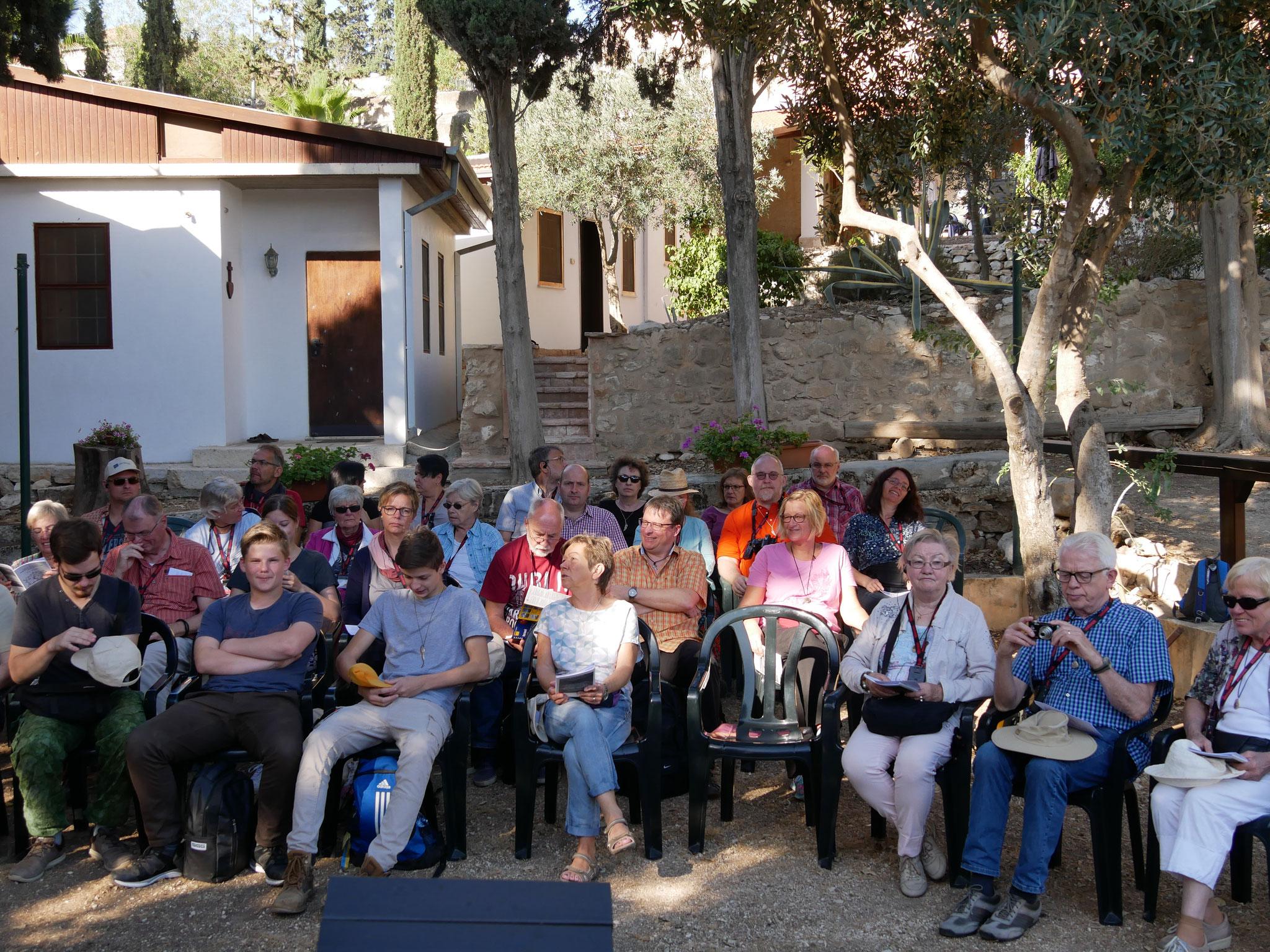 """Gottesdienst bei den """"Kleinen Brüdern Jesu"""" in Nazareth"""