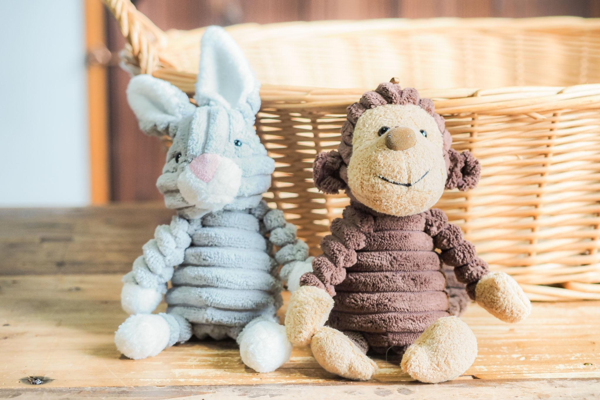 ウサギとサル