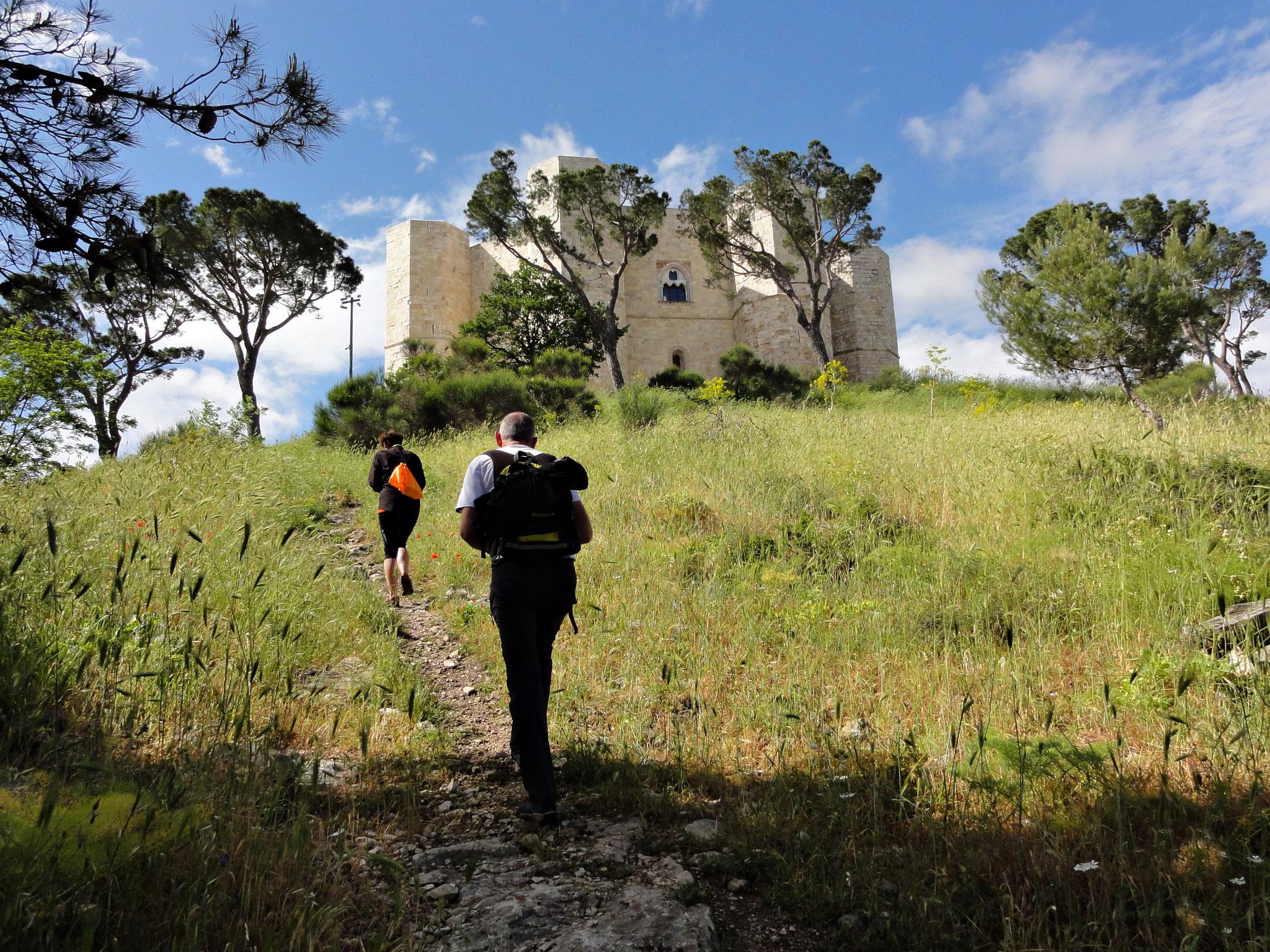 Giunti al castello di Federico II