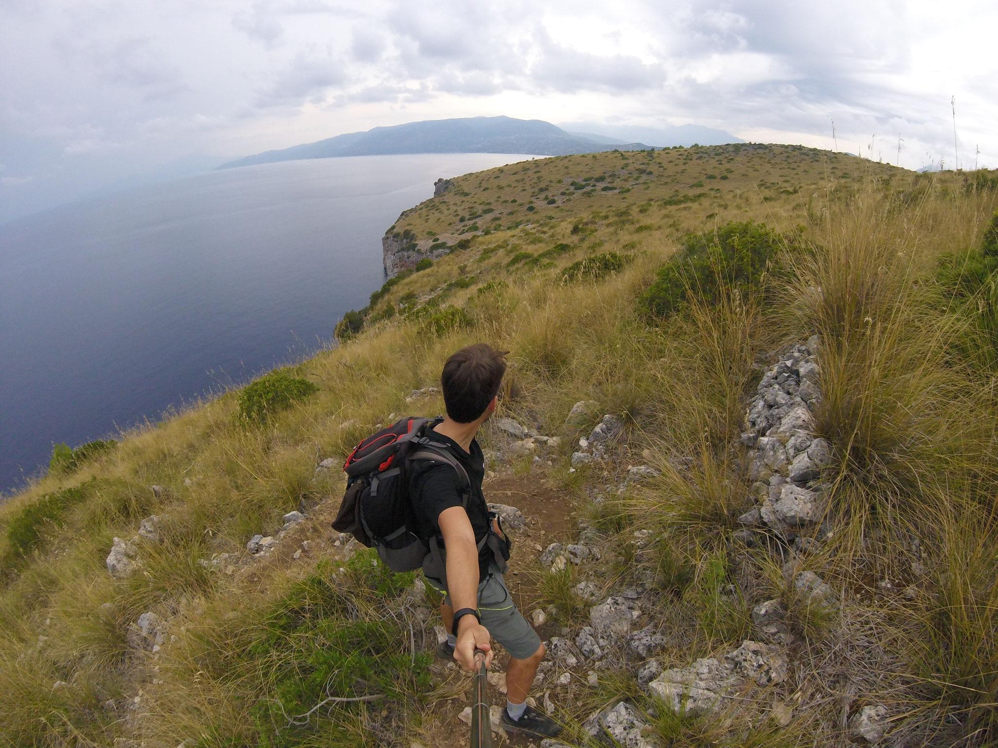 Sul promontorio roccioso di Capo Palinuro, lungo il Sentiero del Pellegrino