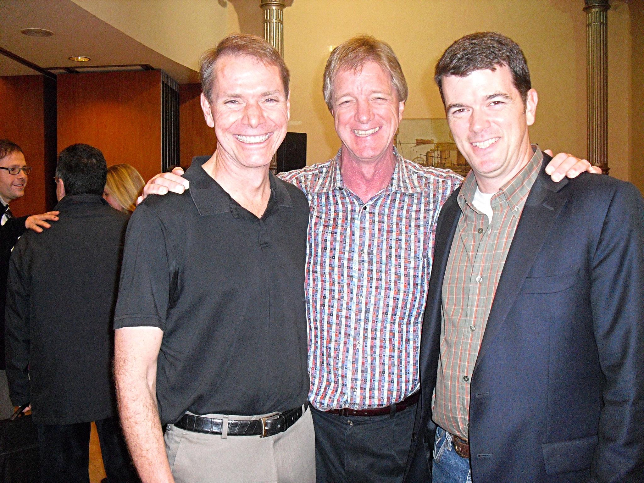 El equipo genial: R. Dilts, S. Guilligan y Patrick el traductor.