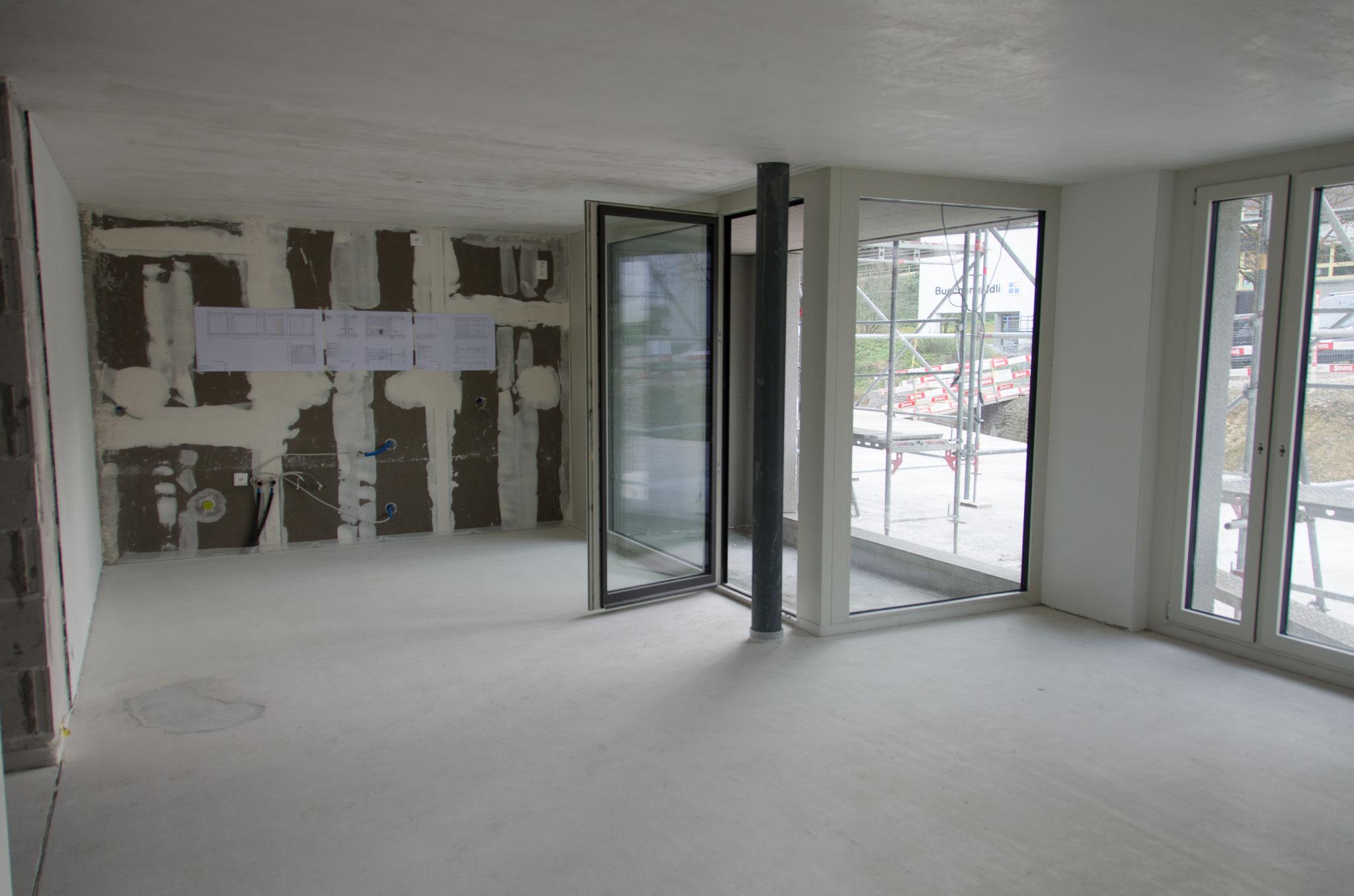 18. Dezember 2019: Die Arbeiten im Gebäude schreiten zügig voran, die weissen Decken und Wände geben ein gutes Raumgefühl...