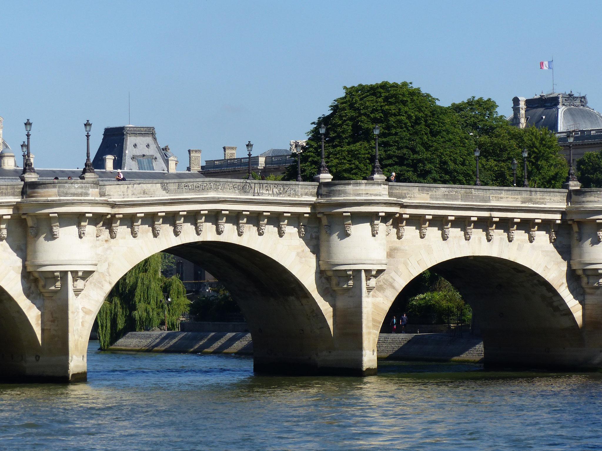 Le plus vieux pont de Paris : le Pont Neuf