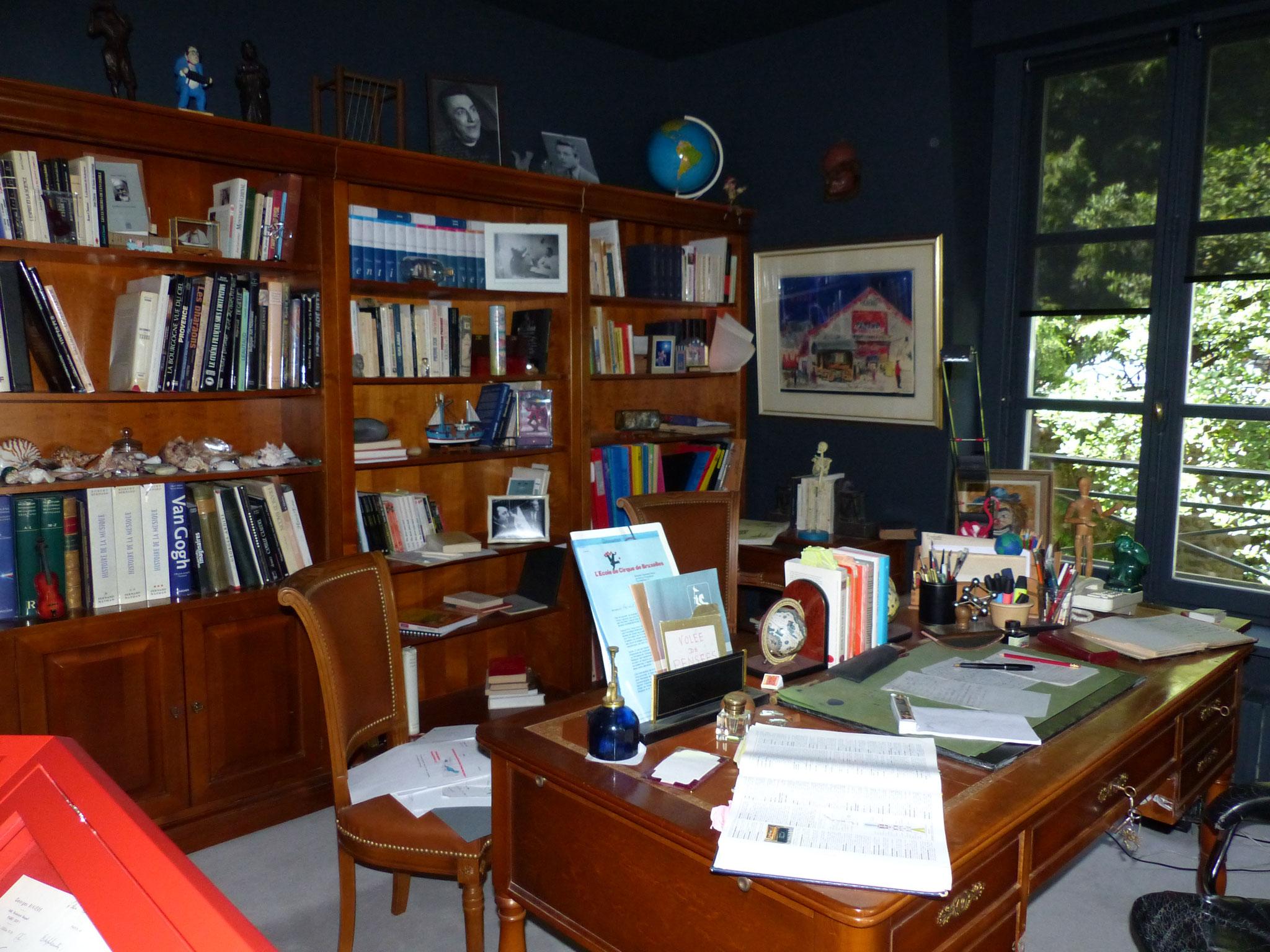 Son bureau