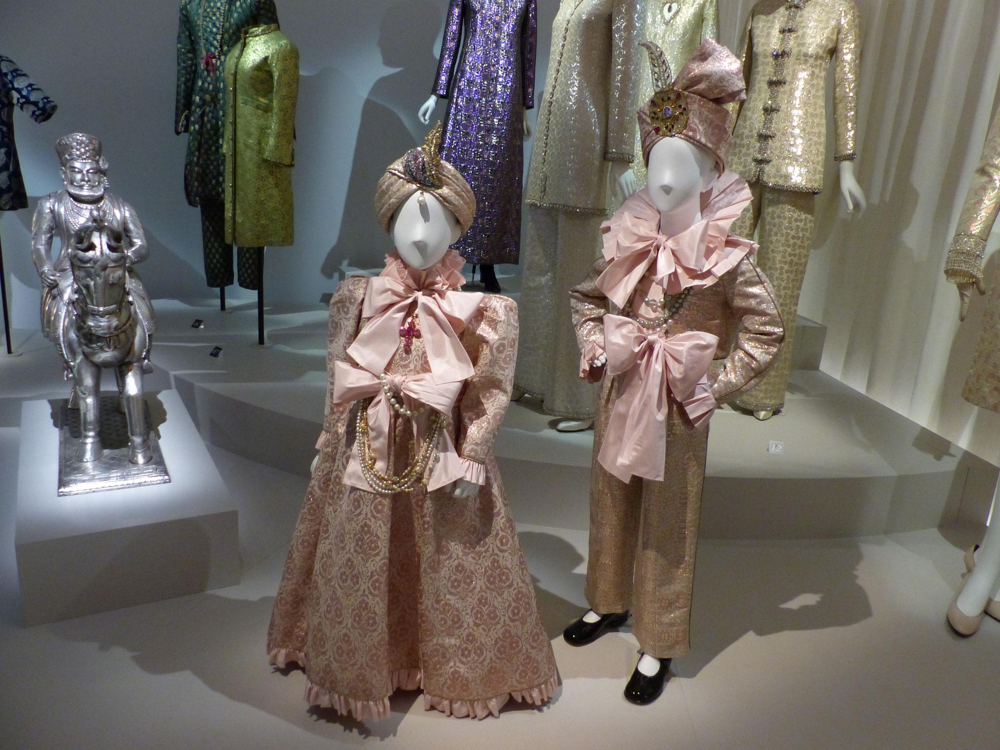 Garçon et Demoiselle d'honneur - vêtements en soie brochée