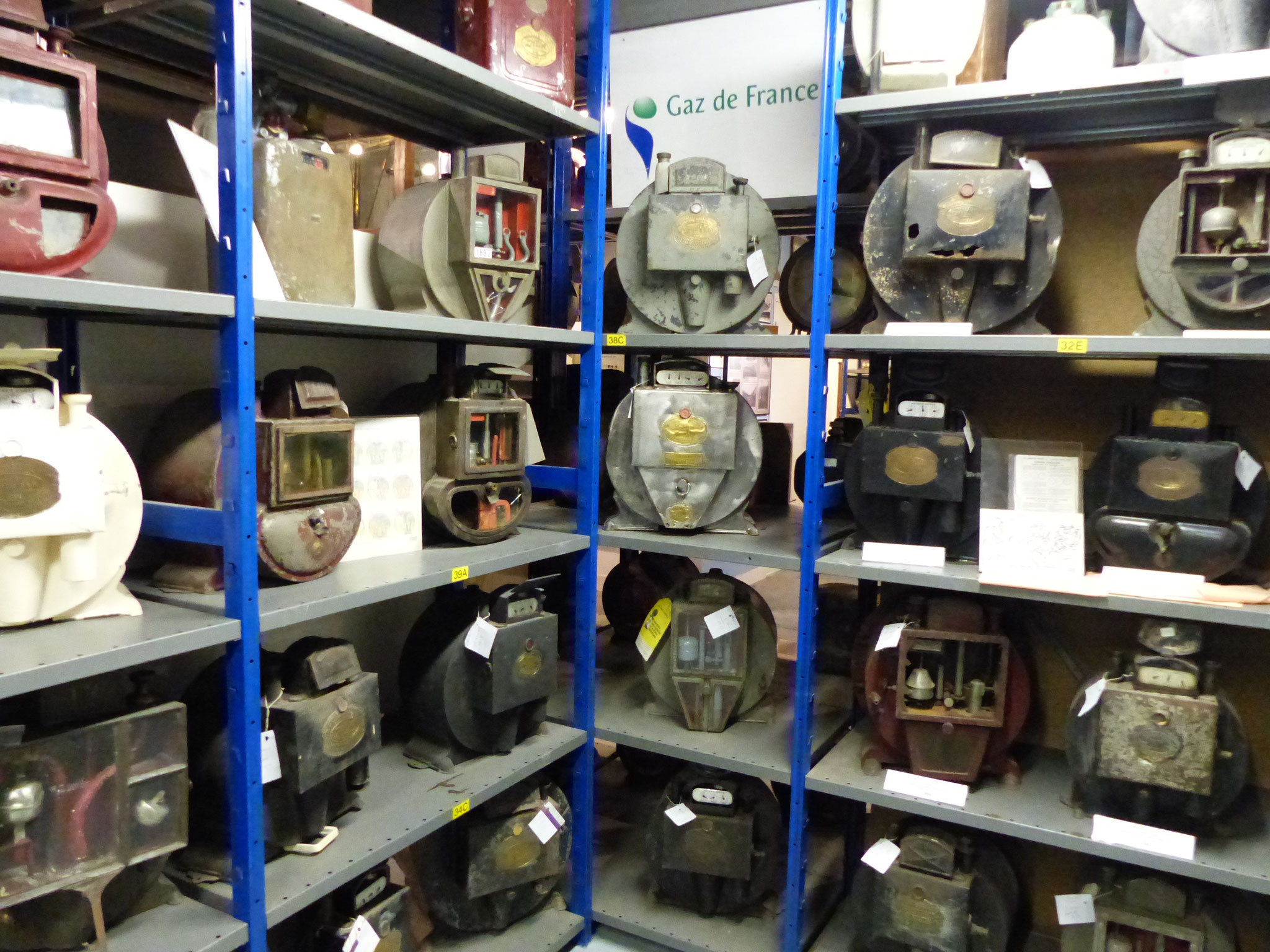 Quelques compteurs à gaz anciens
