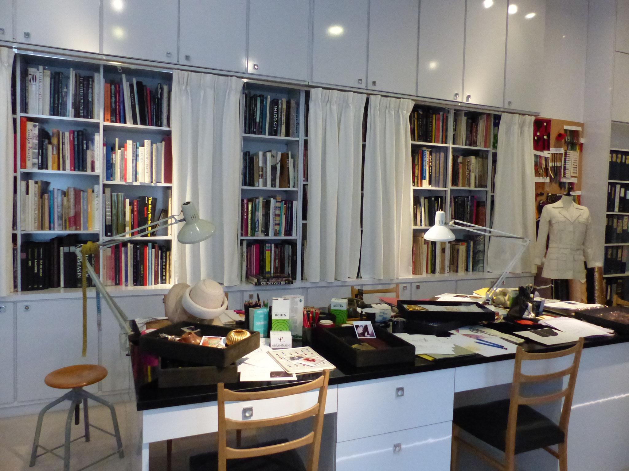 Studio bureau d Yves Saint