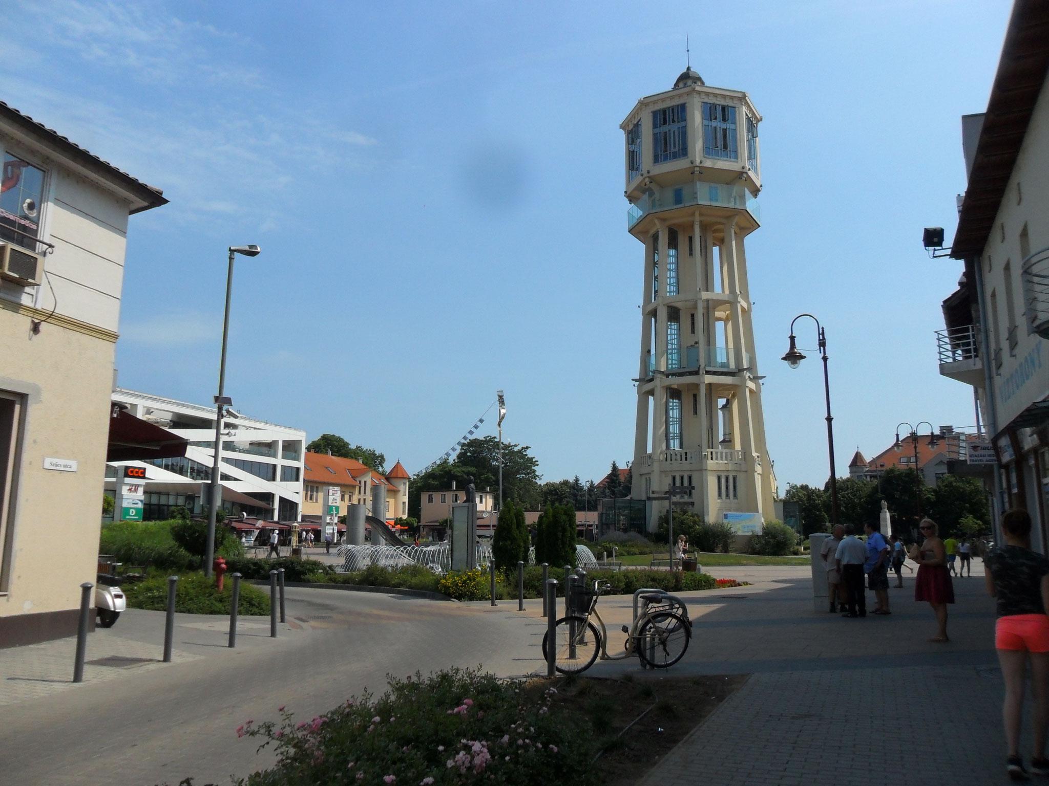 Früher Wasserturm, heute Aussichtsturm mit Caffee