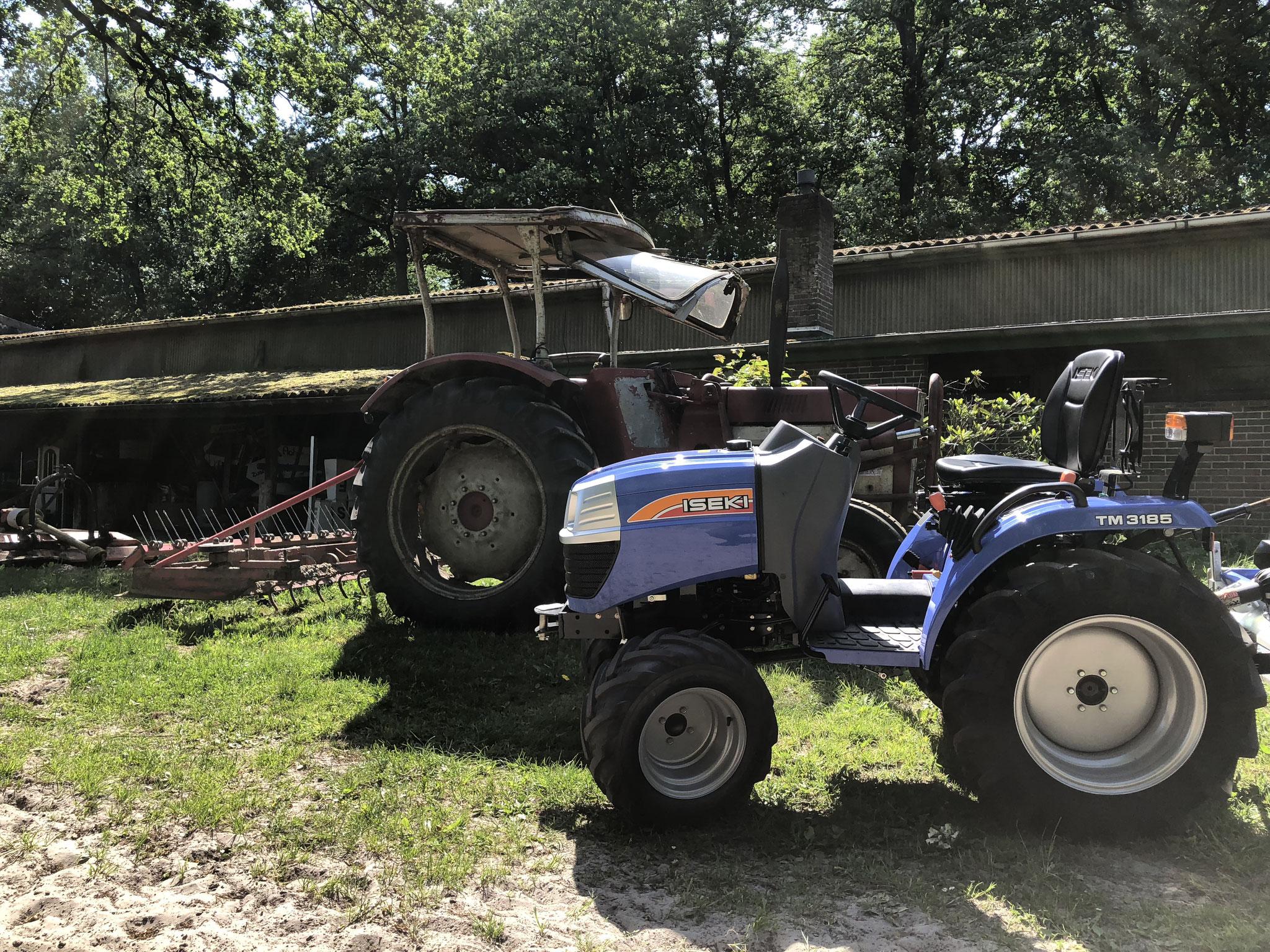 Iseki TM 3185 vs IHC Traktor