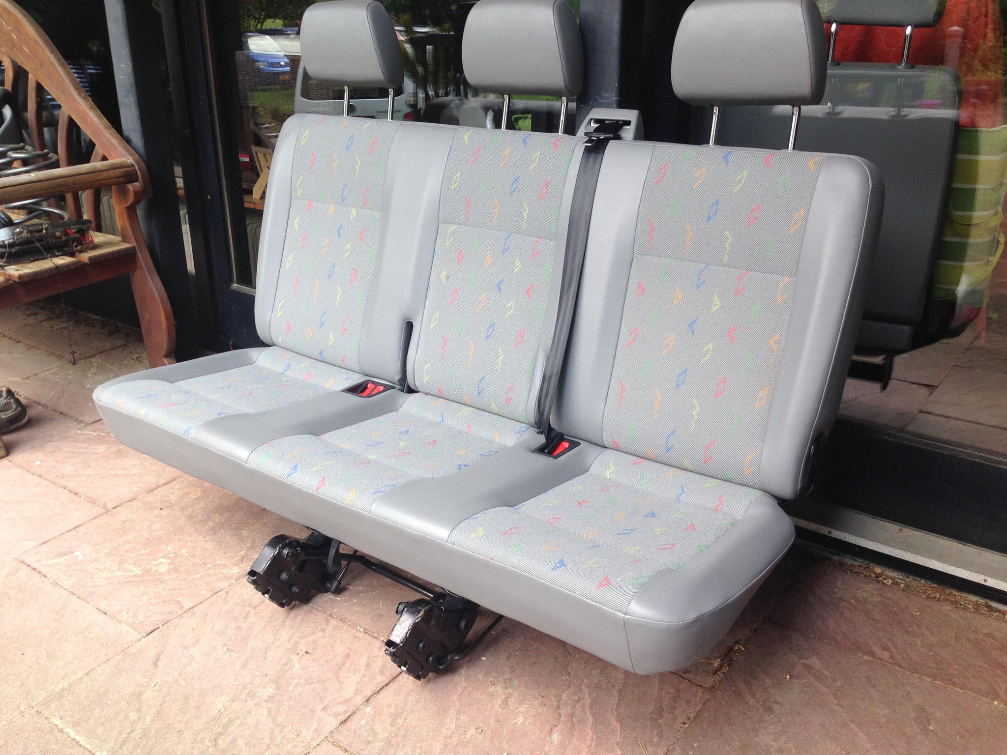vw t5 original sitze reisemobile jesteburg. Black Bedroom Furniture Sets. Home Design Ideas
