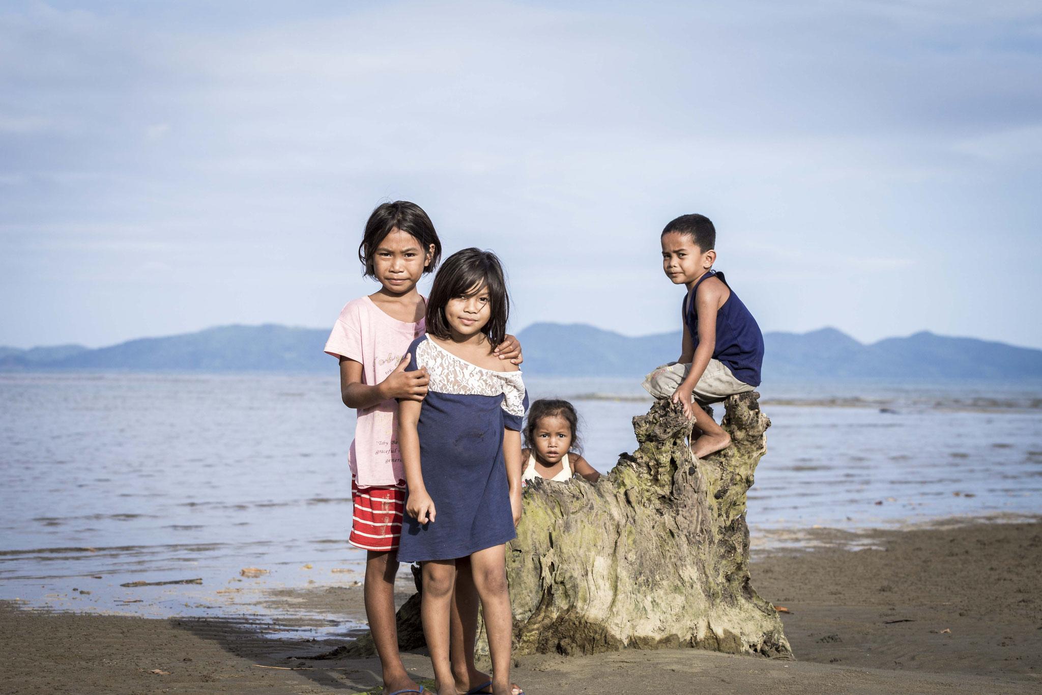 Sibaltan - Philippines  © 2017 Nik Schwald.