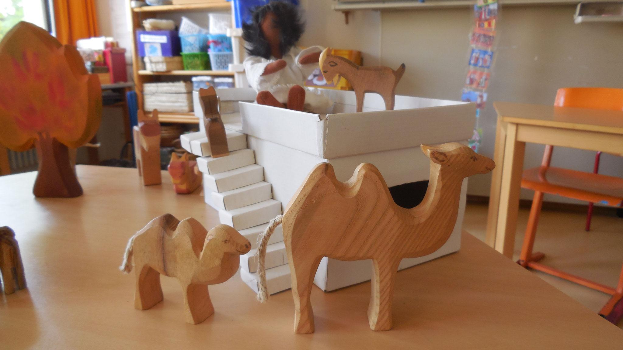 Wenn die großen Kamele an den Häusern vorbei gingen, war das sicher sehr beeindruckend.