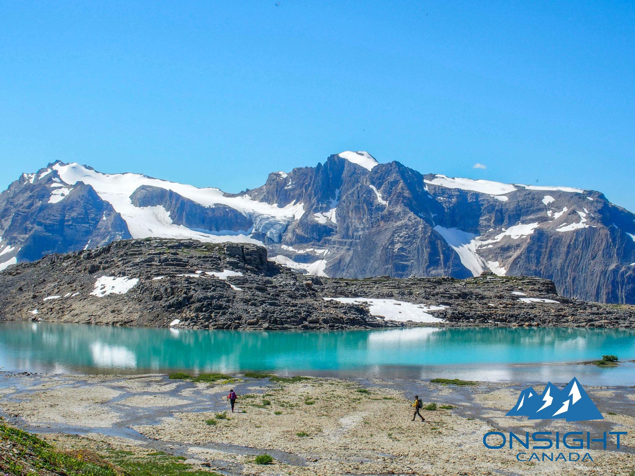 素晴らしい色の湖
