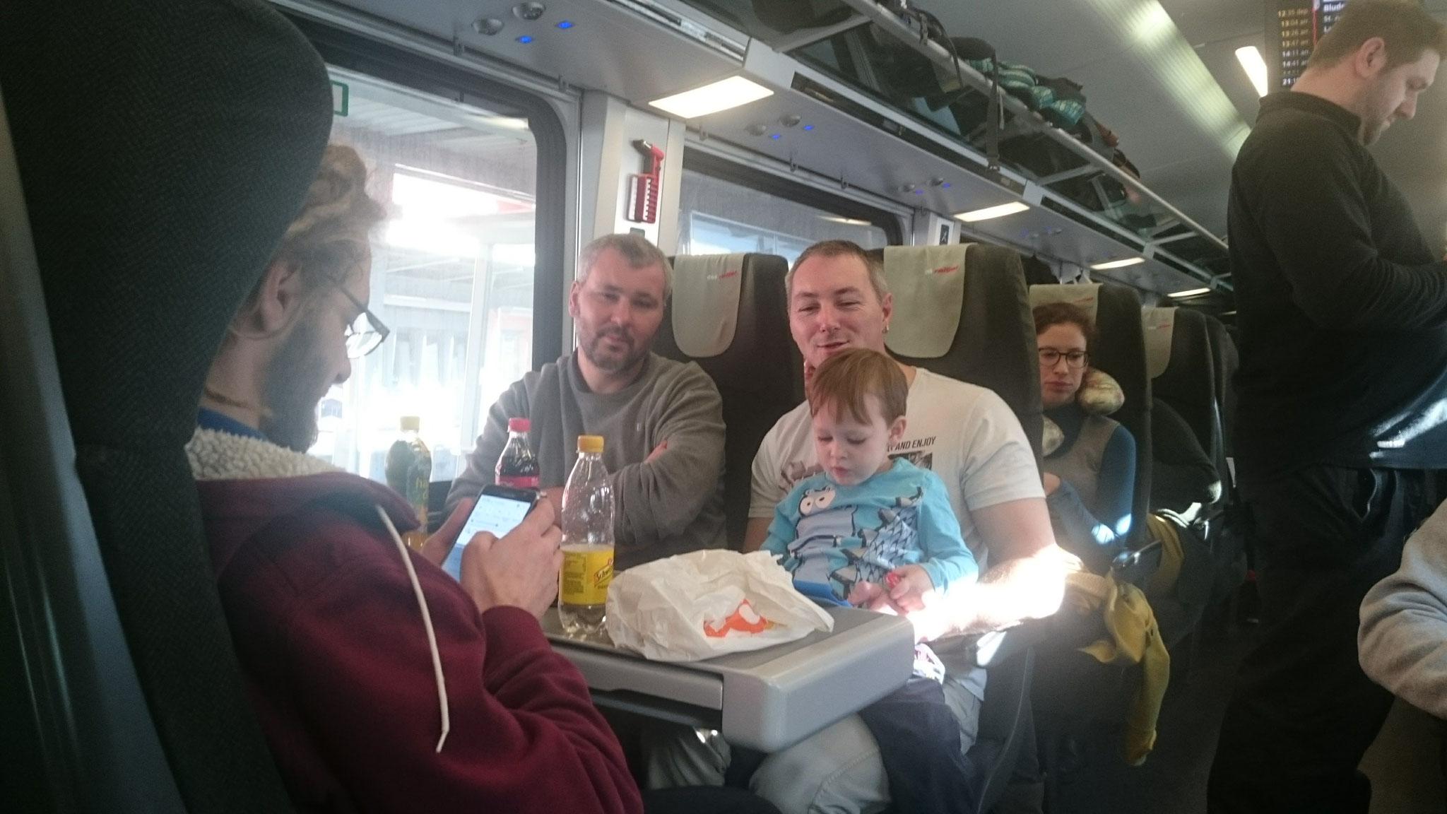 Zur Mittagszeit - Abfahrt nach Wien