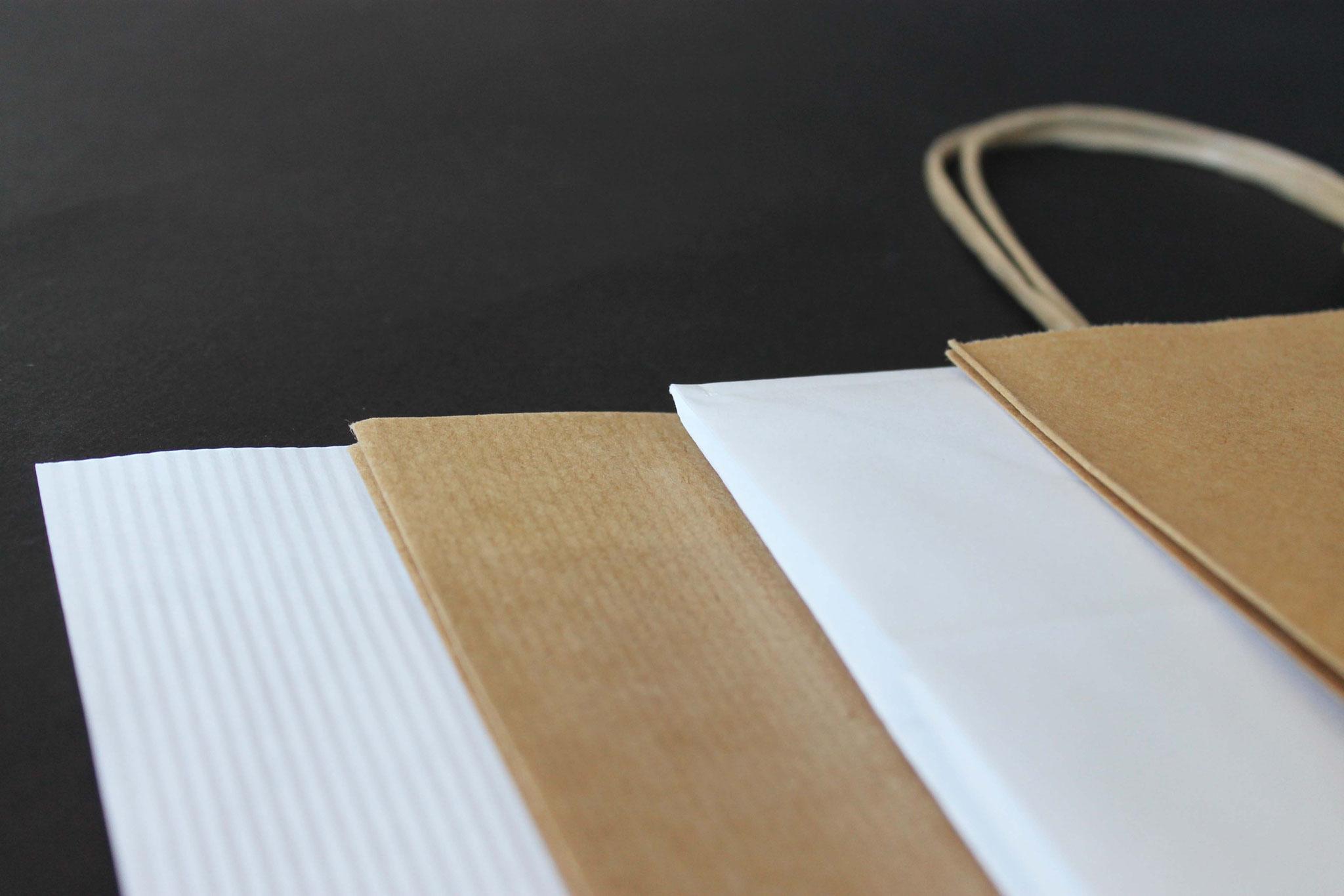 Papierqualitäten: Weiß und Braun, gerippt und glatt