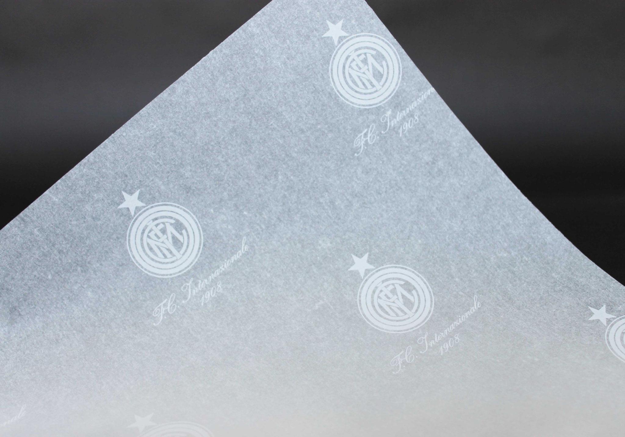 Druck: Weiß, Papier: Weiß