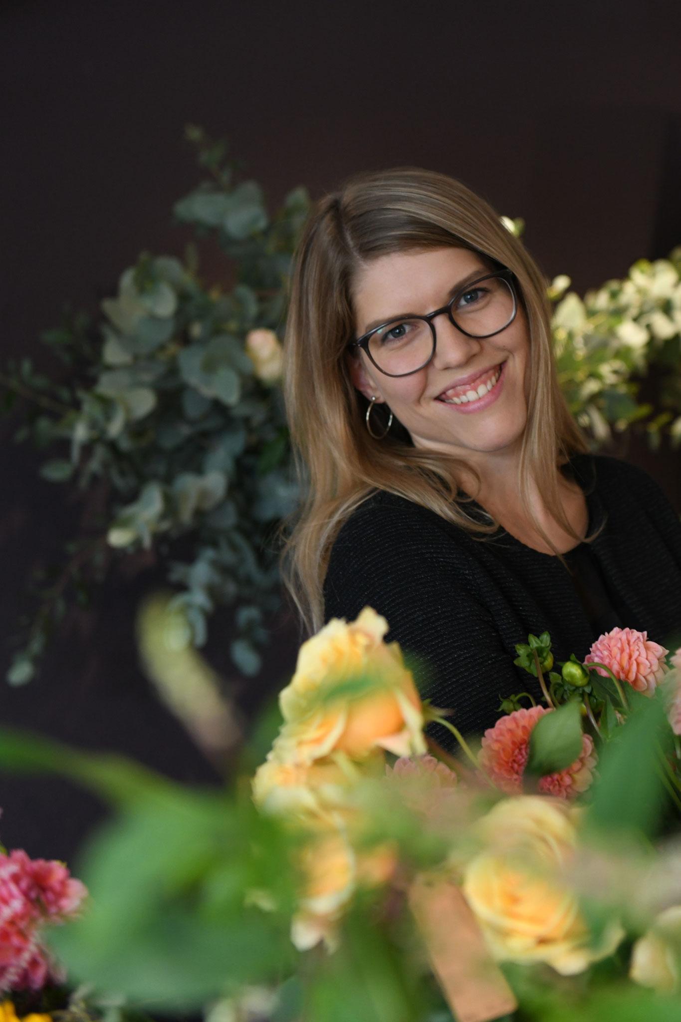 Stephanie Marti Floristin EFZ I Leitung blumenart & Administration Marti Garten
