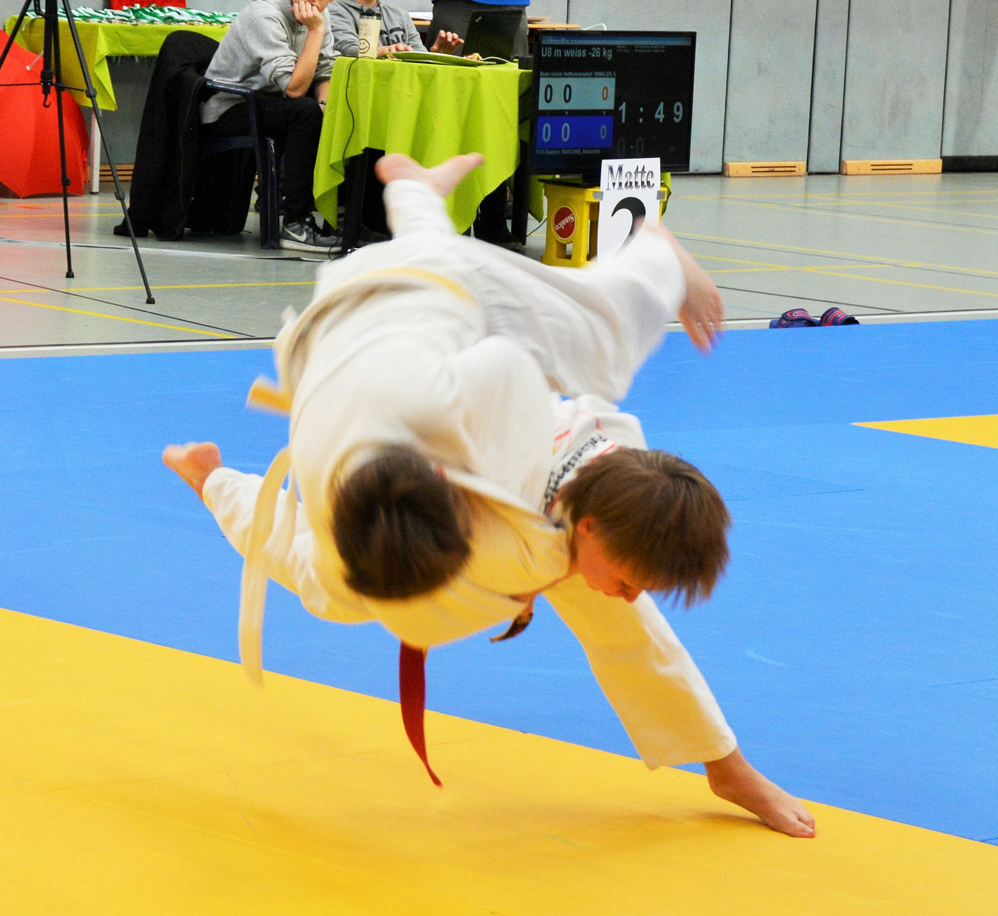 Vincent Reimann (rechts) bei einem Harei-goshi (Hüftfegewurf) in der Gewichtsklasse -43kg