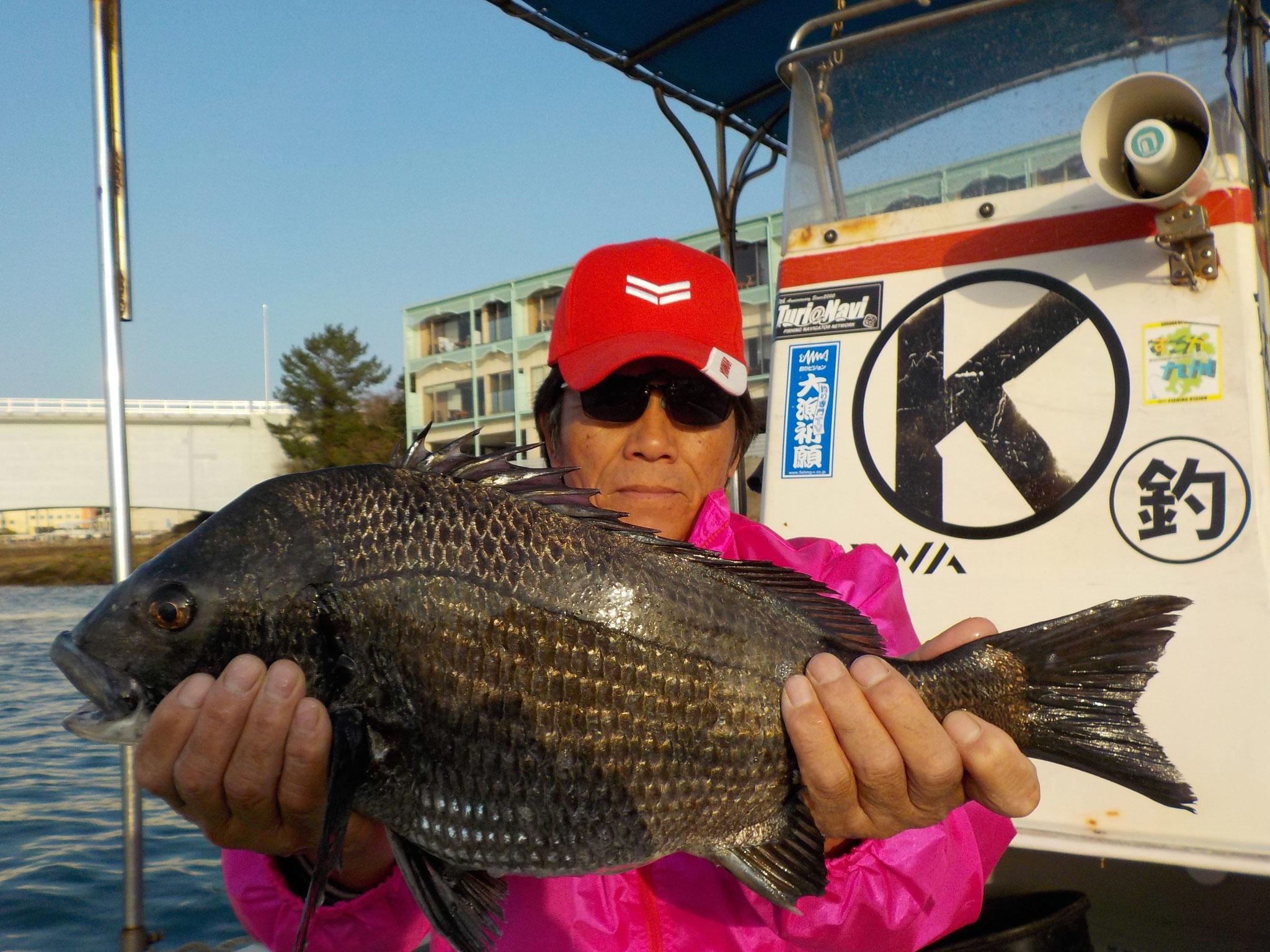 3月23日 磯釣りで川端さん ガバチン51.1㎝