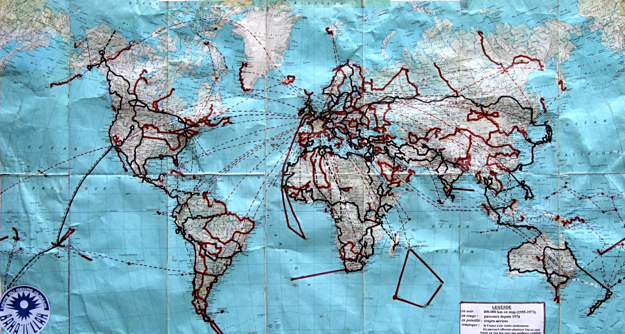 1º. He cumplido mi sueño de visitar todos los países y territorios del mundo, sin excepción. En total, más de 50 años de viajes… ¡una vida sabática! Las líneas negras representan el primer viaje que duró 18 años sin volver a casa.