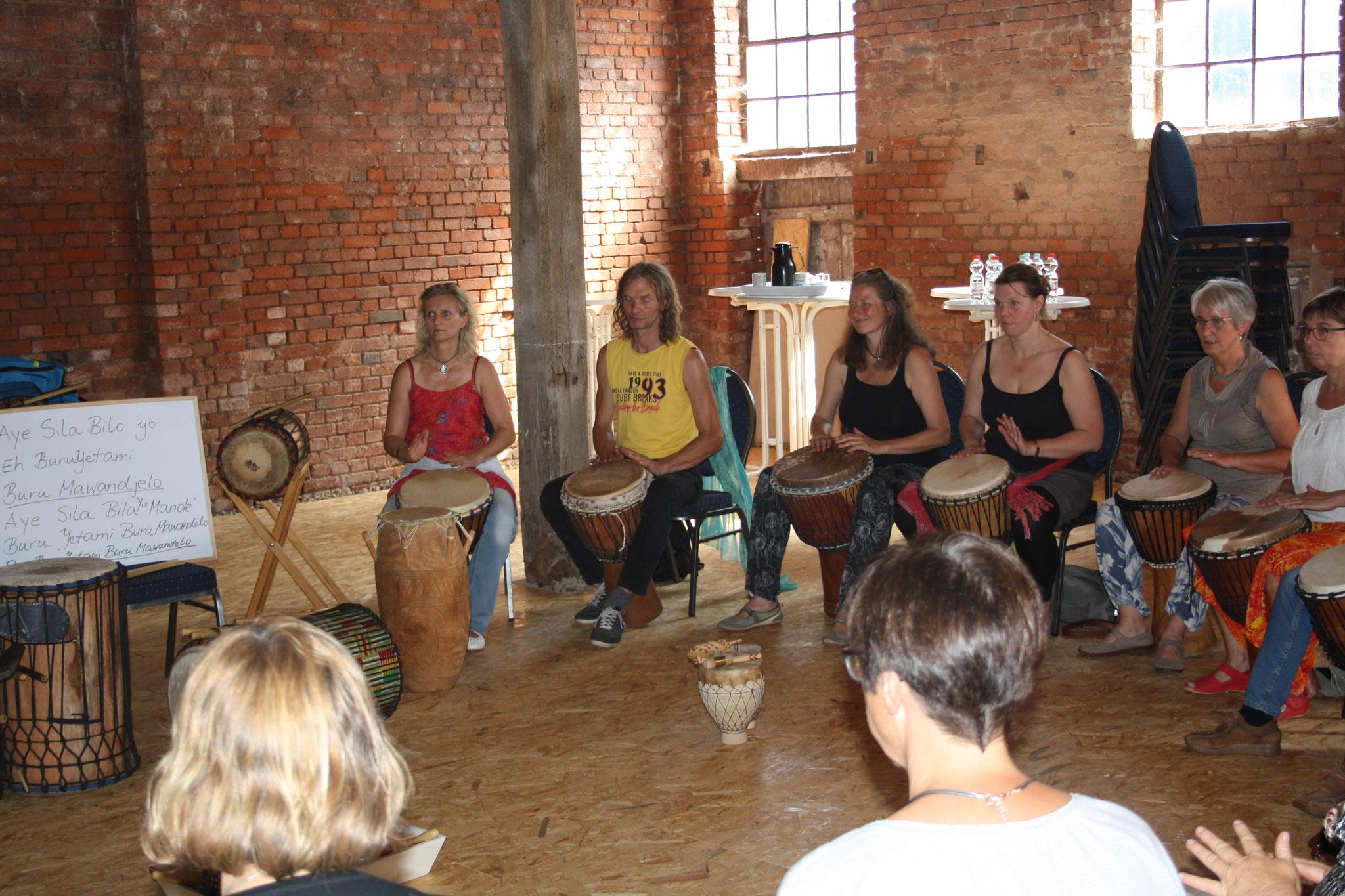 ... und beim Percussion Workshop geht bereits die Post ab!