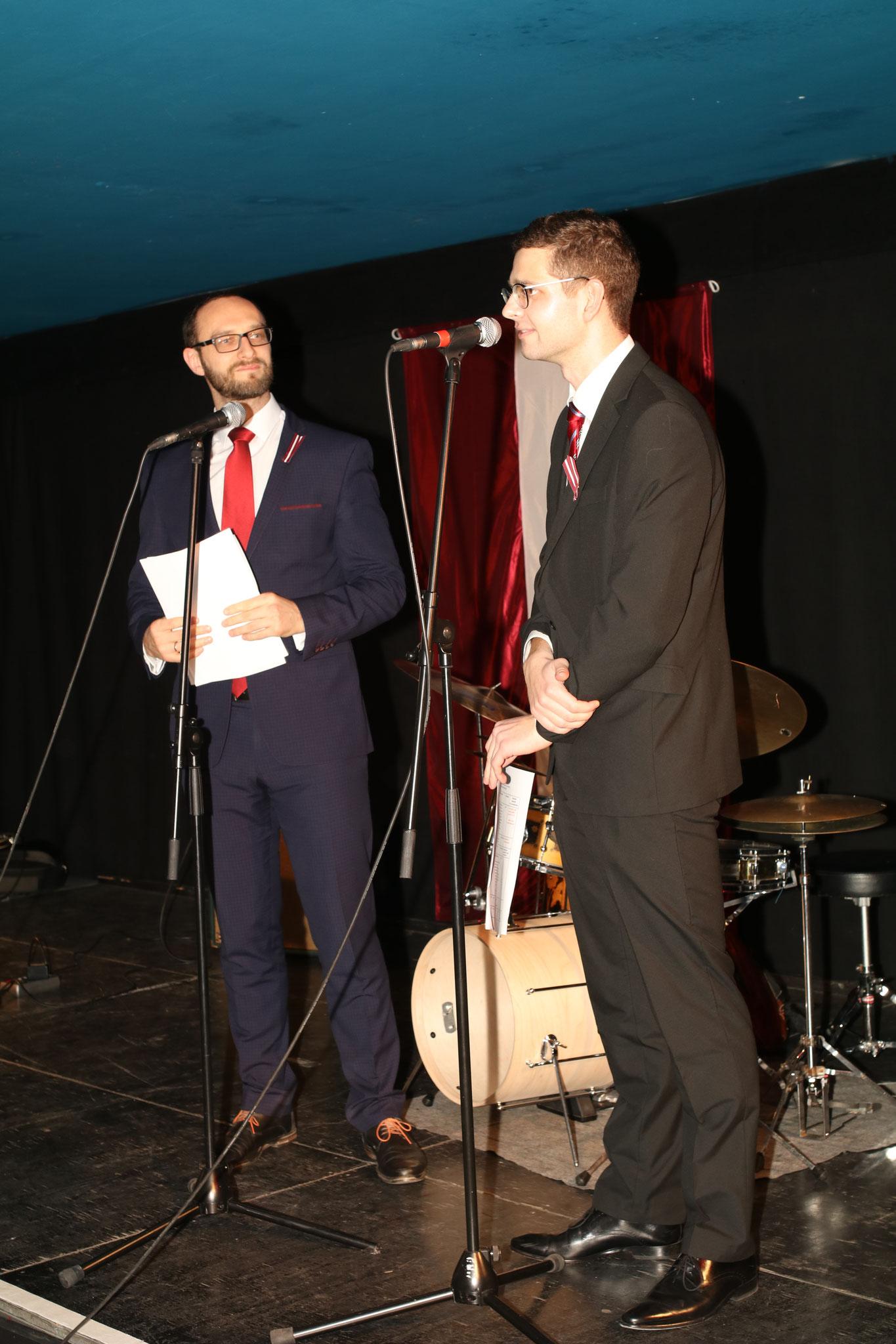 """Talantīgais moderators Valts un finansu """"ministrs"""" Linards"""