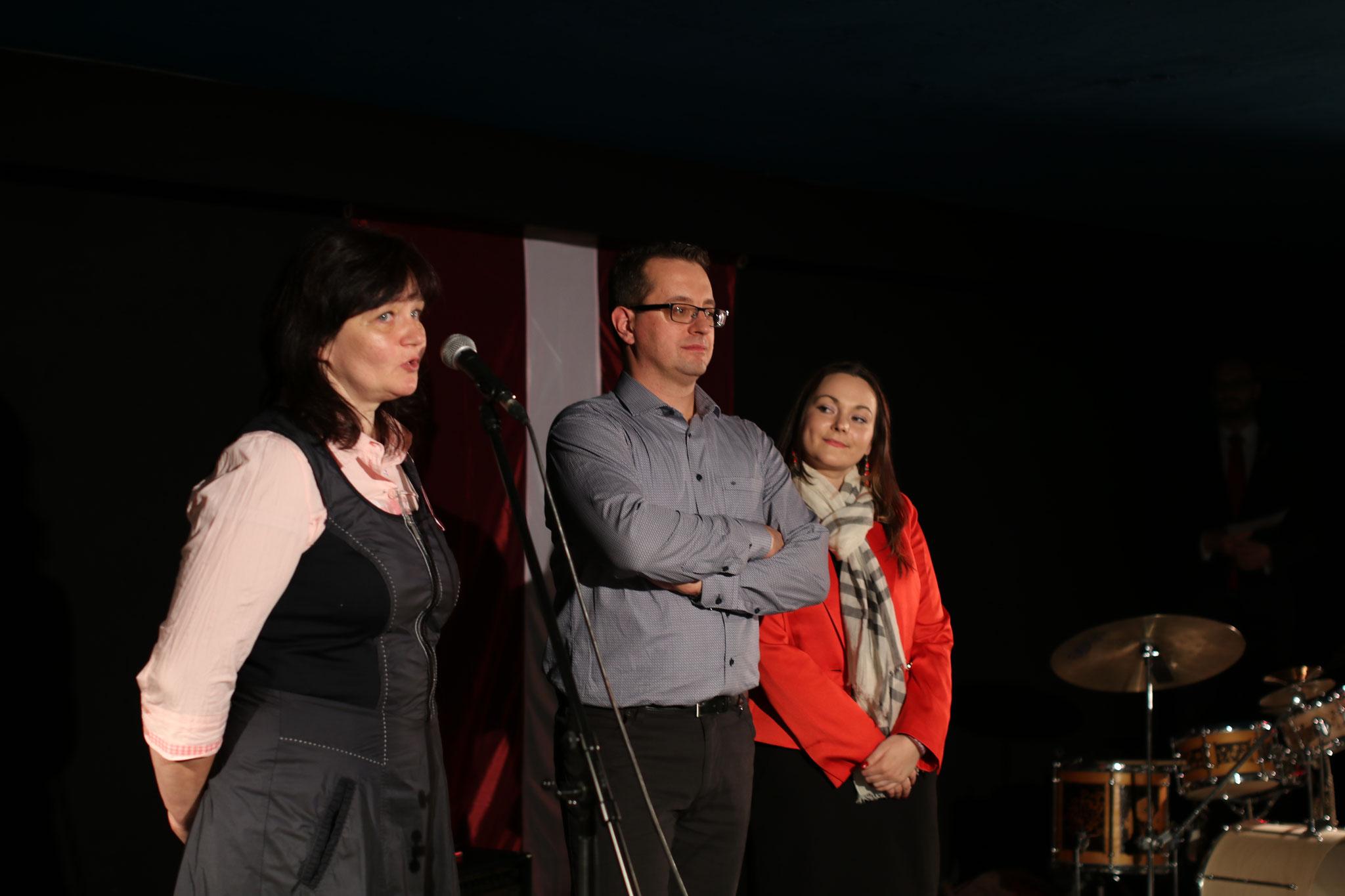 Izstādes darba grupa: Iveta, Kārlis, Laura