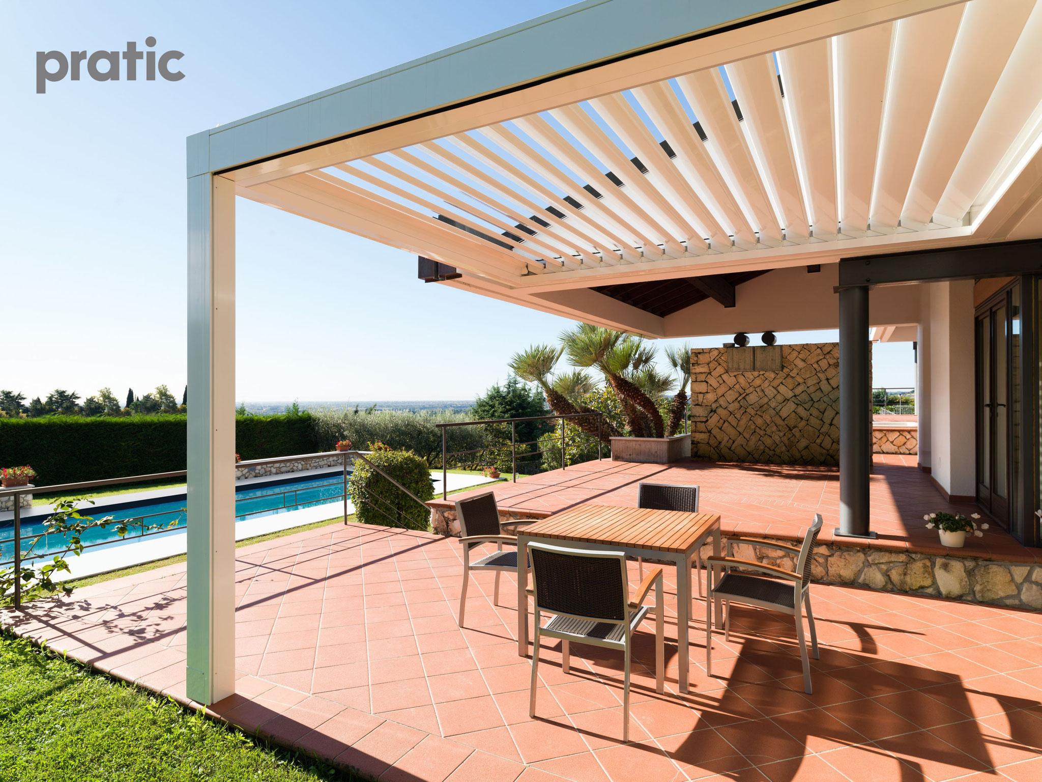 Lamellendach aus Aluminium für die Terrasse
