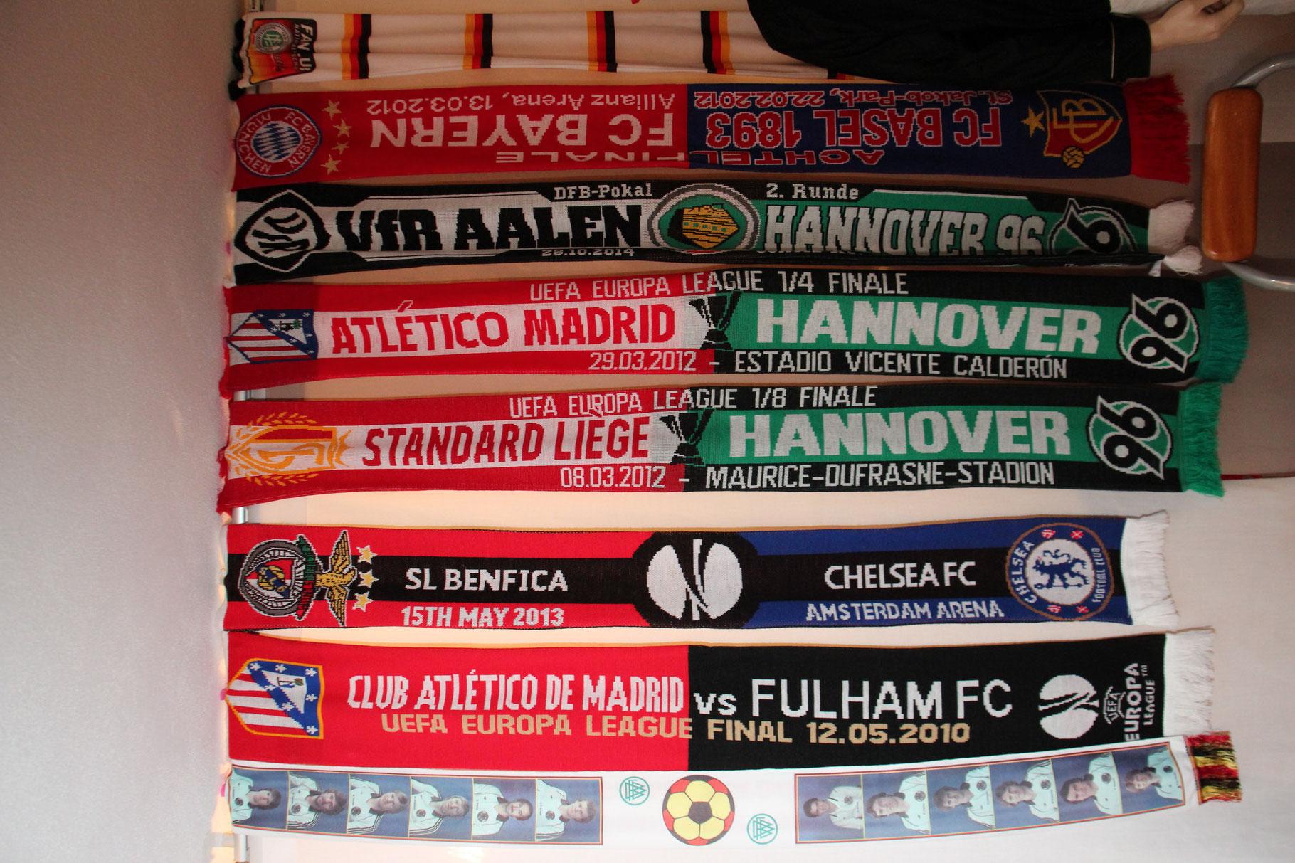 Duell-Schals von den Spielen von Hannover 96 gegen VFR Aalen, Atletico Madrid und Lüttich.