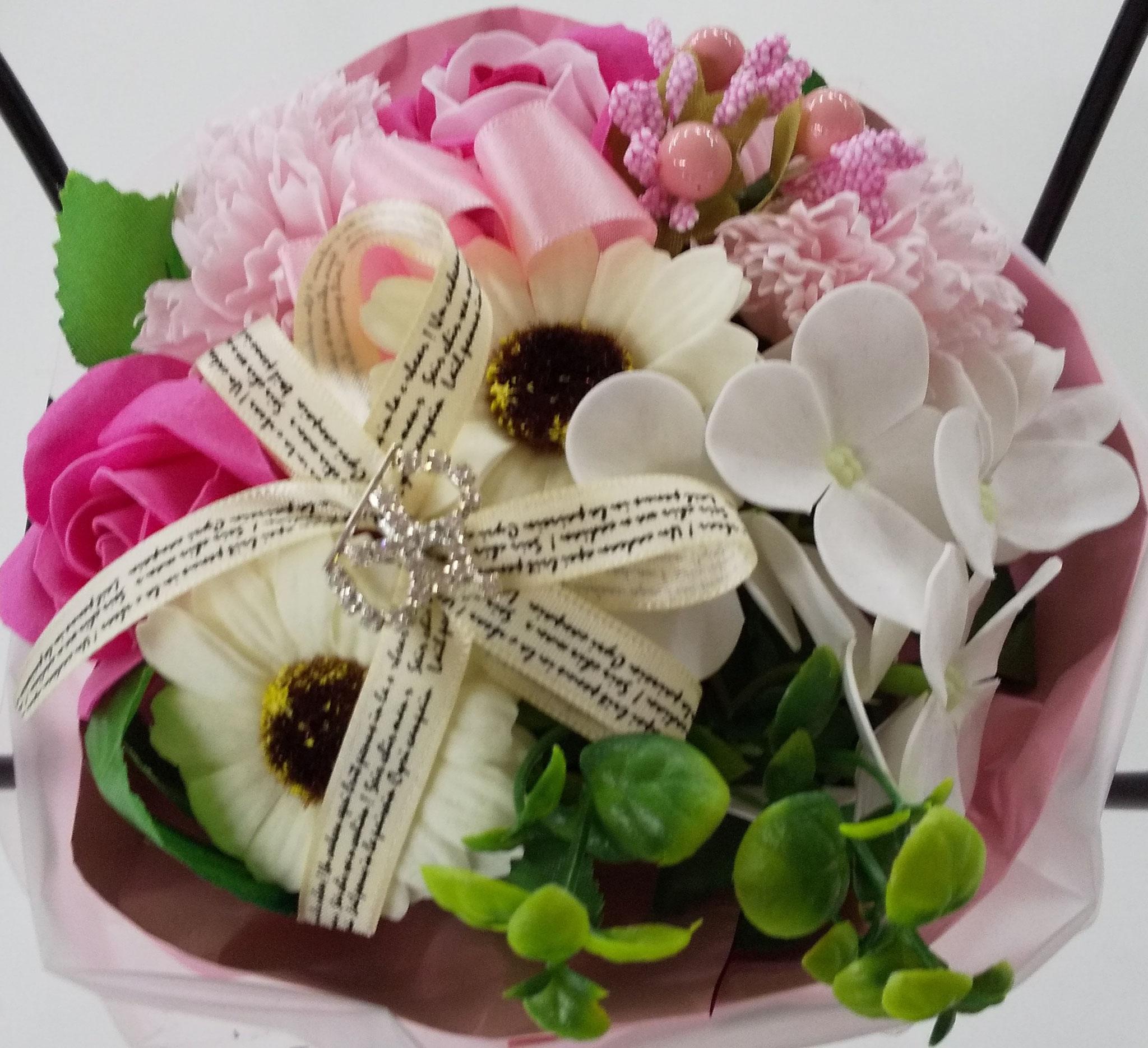 周年祝いのきれいな花束❤