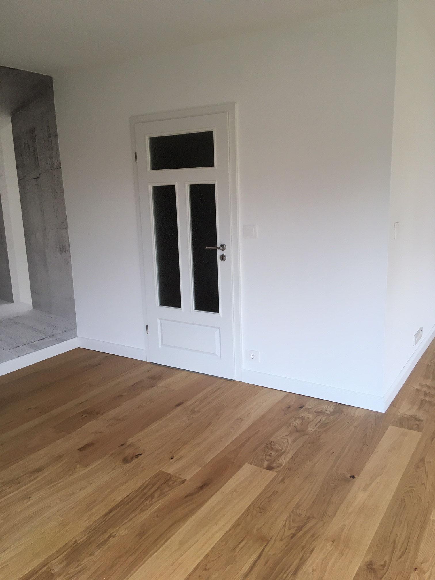 Fußboden in Eiche, Zimmertür