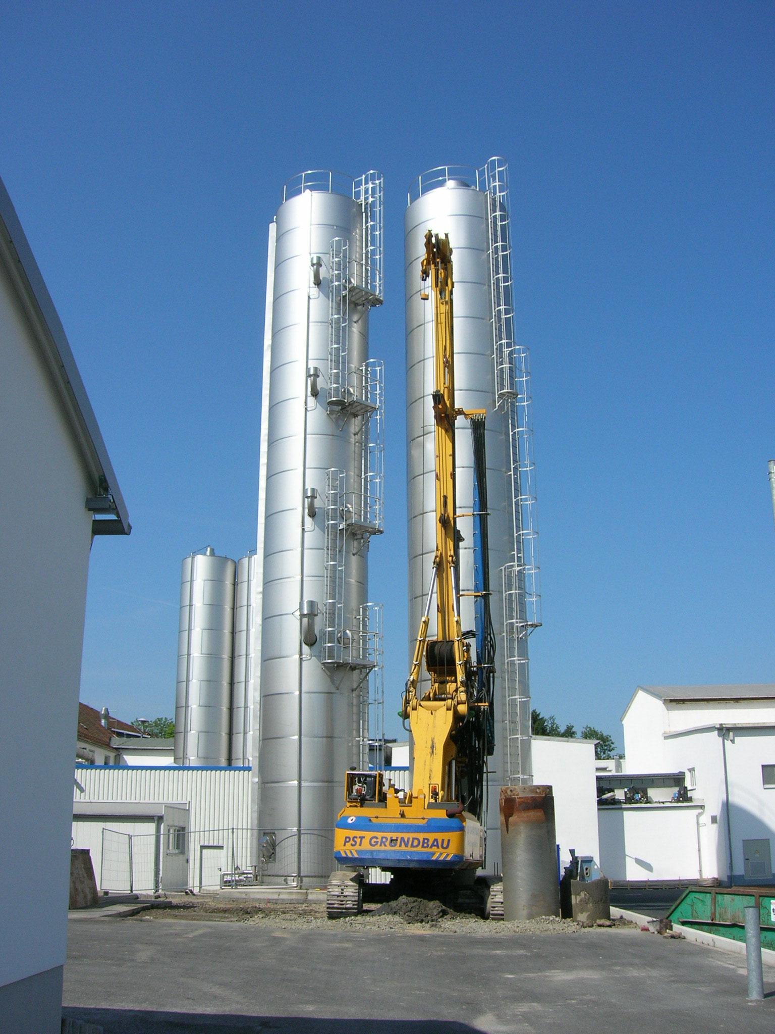 Heinrichsthaler Milchwerke GmbH, Großbohrgerät im Einsatz, 2013