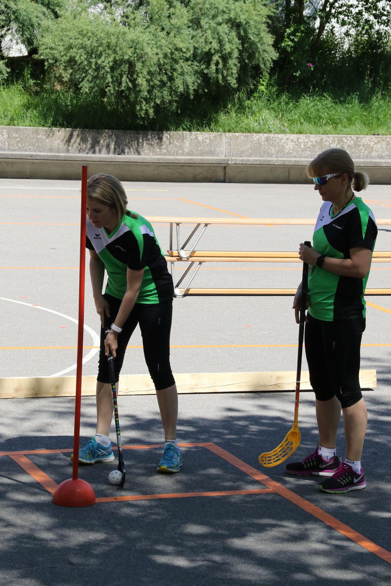 """1. Gruppe beim """"Unihockey im Team"""" (2. Teil)"""