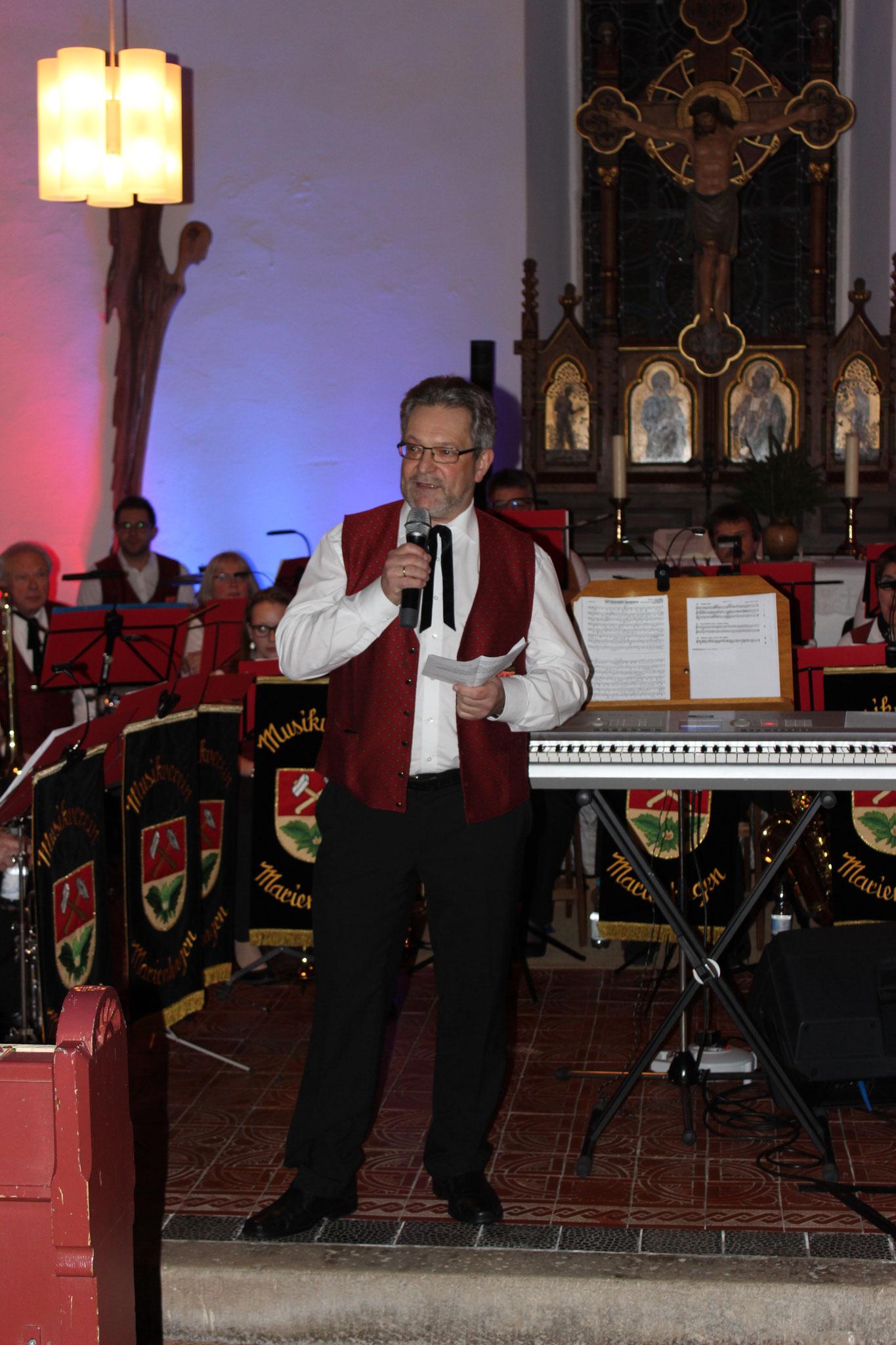 Dieter Friedrich begrüßte die Gäste zum Jahresabschlusskonzert 2018