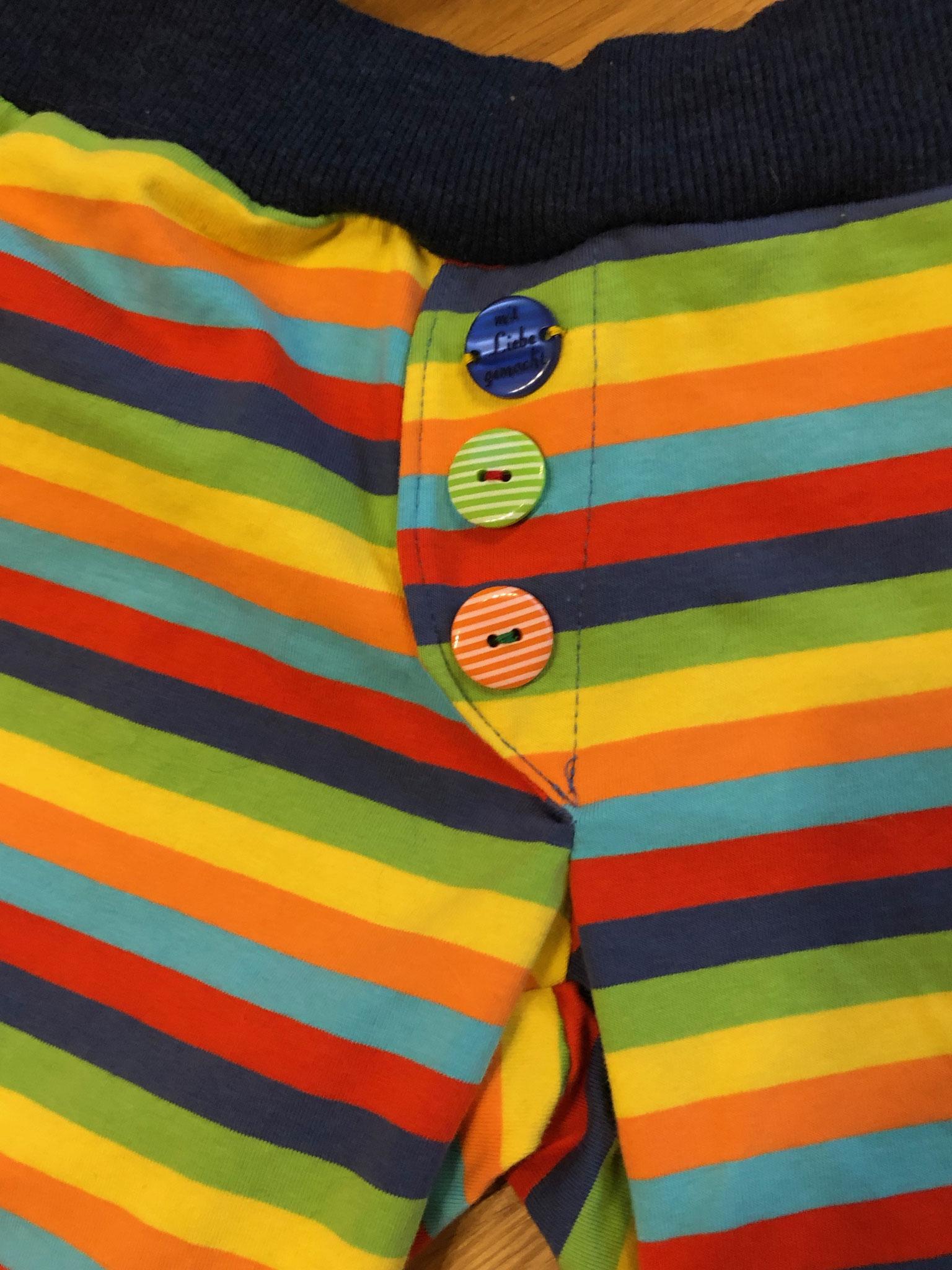 Shirt und Shorts Kombi