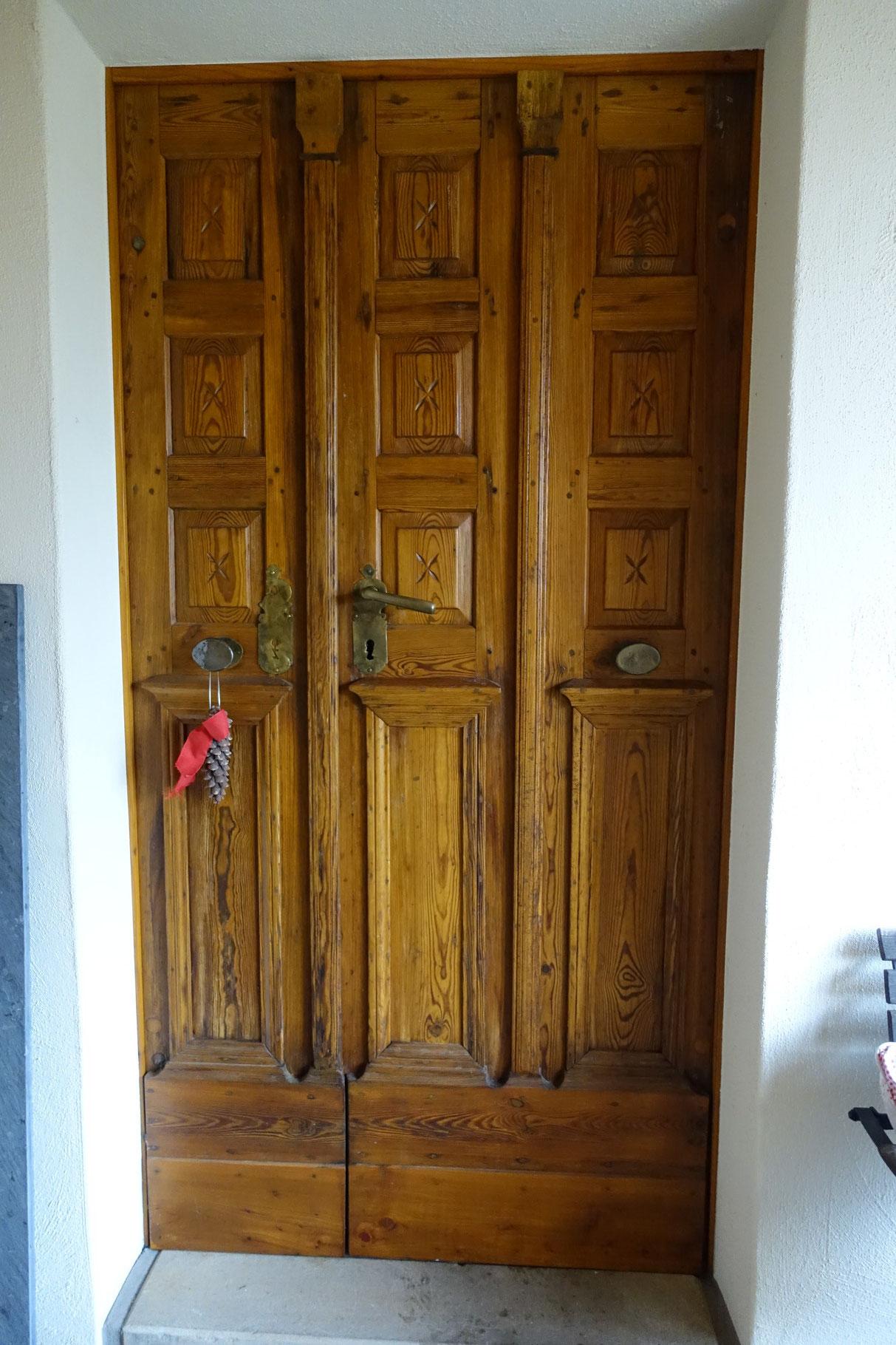 Tür zum Backhaus