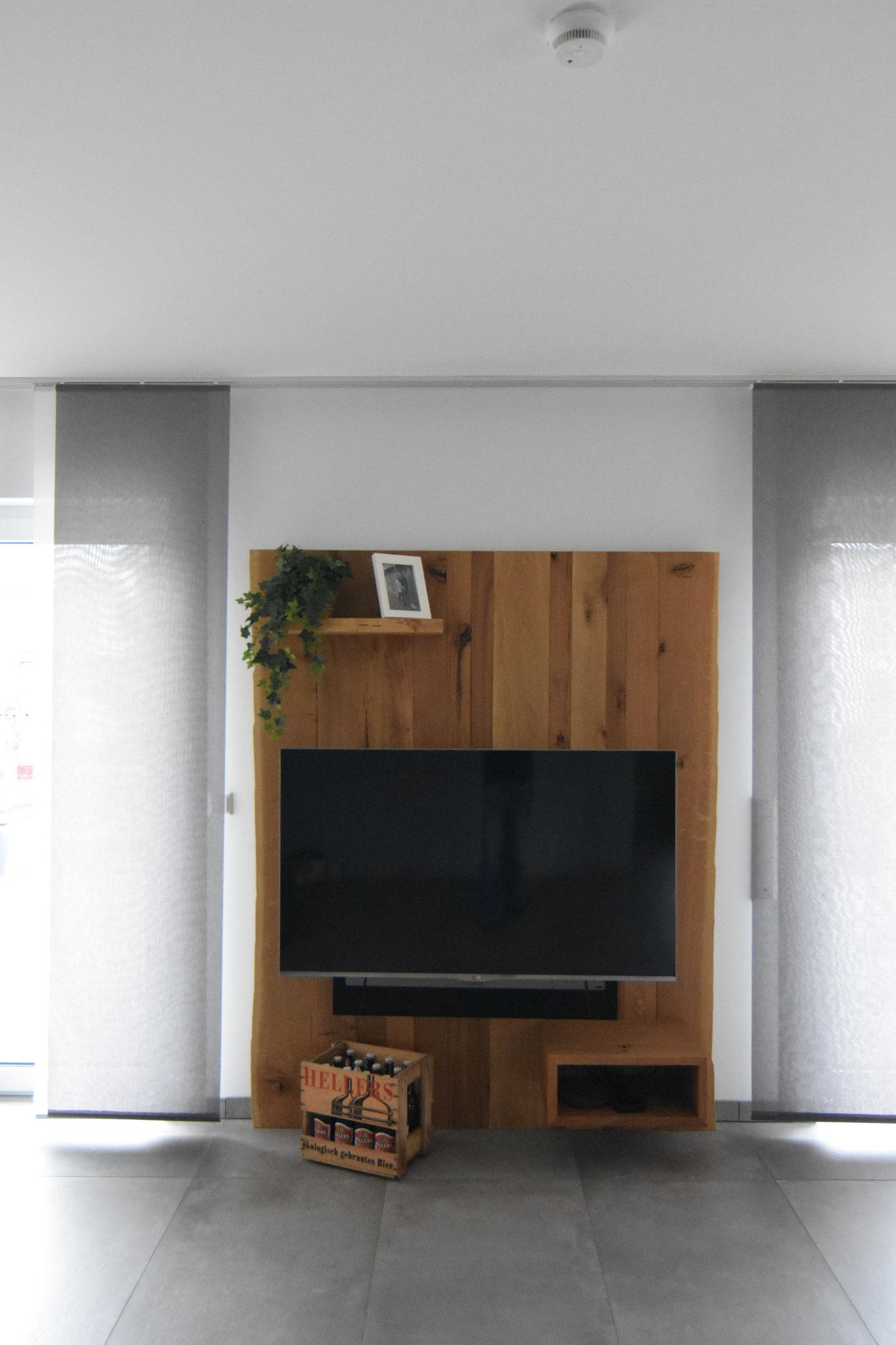 Wohnzimmer aus Wildeiche und Rohstahl