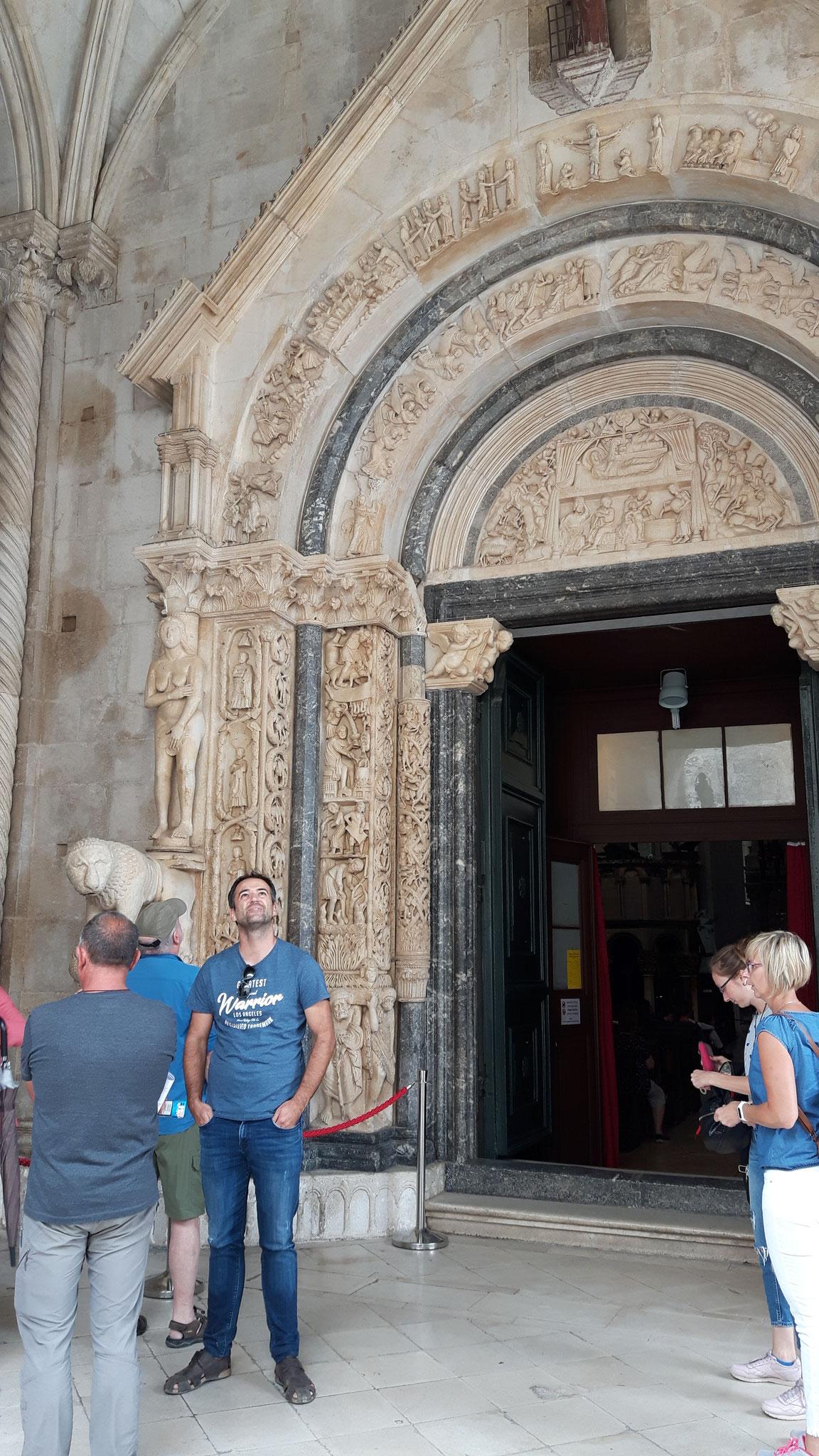 Hauptportal der Kathedrale in Trogir
