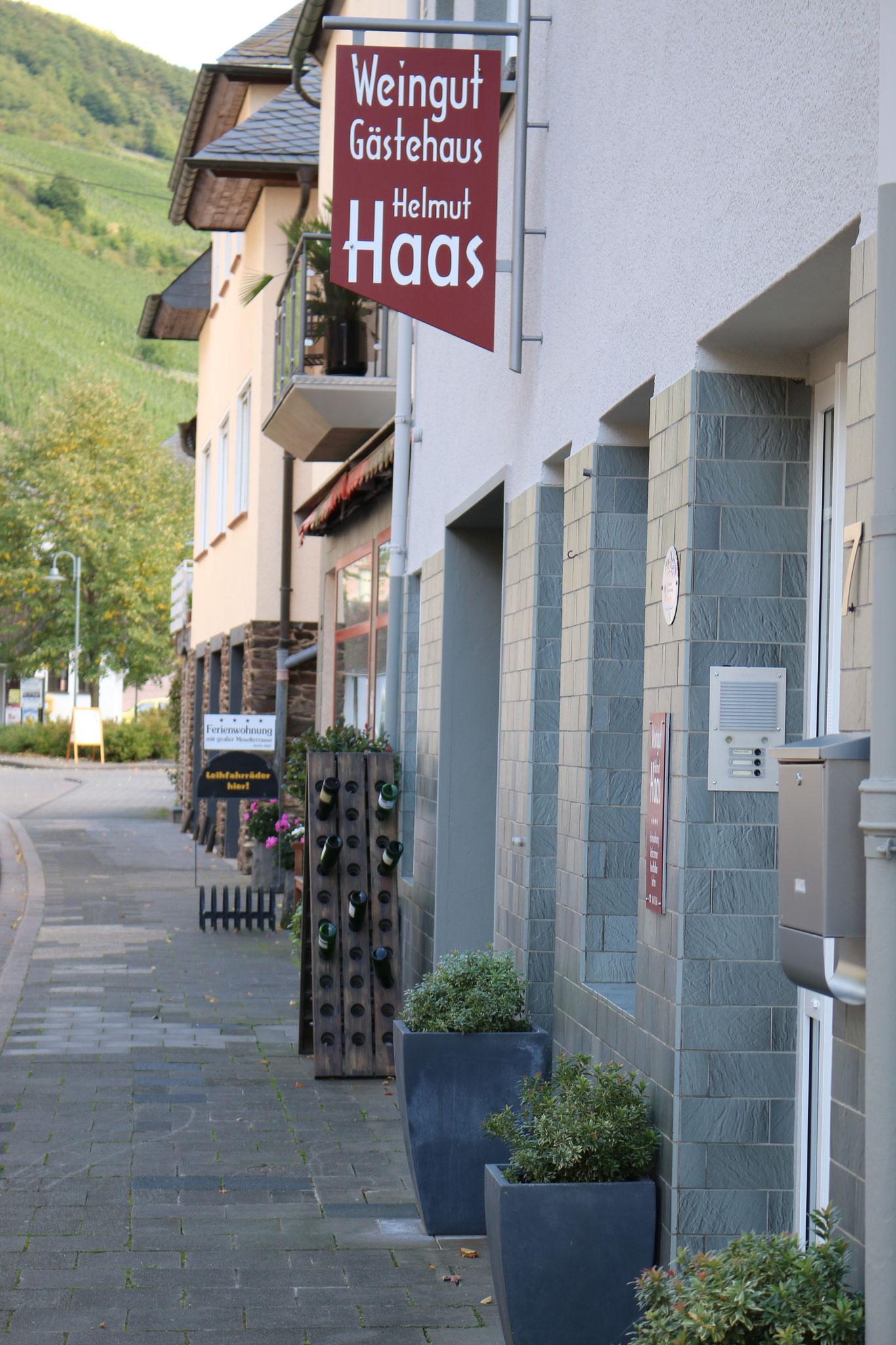 Unser Weingut-Gästehaus