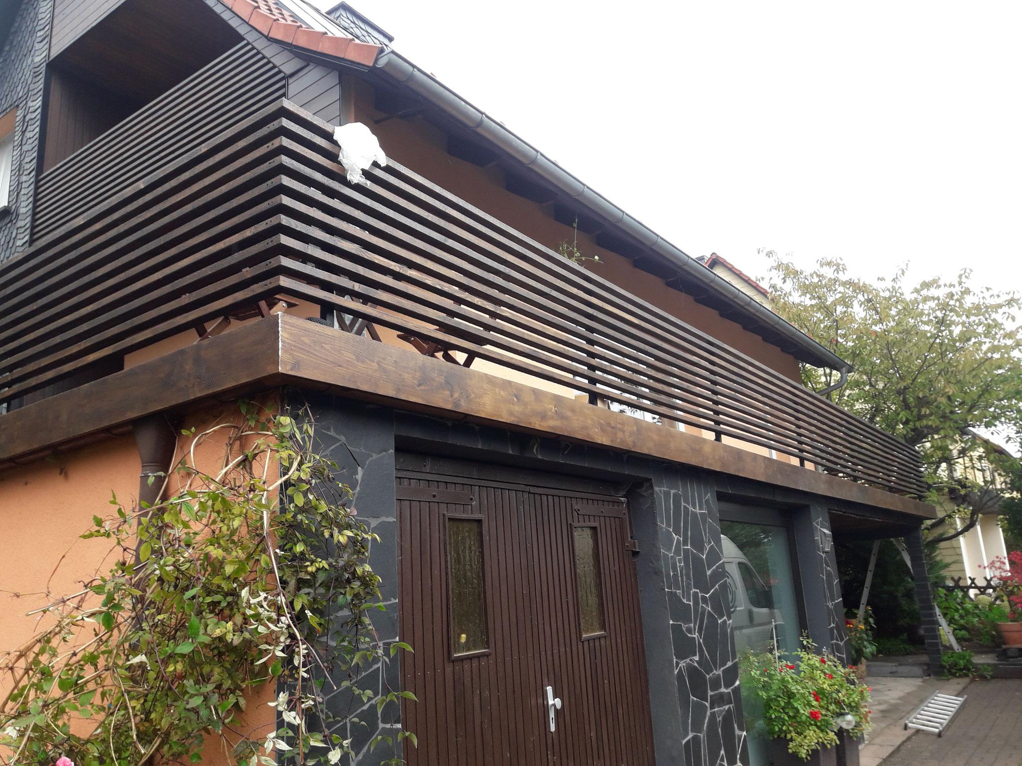 Geländer mit Holzhandlauf+Holzfüllung durchgehend geleimt